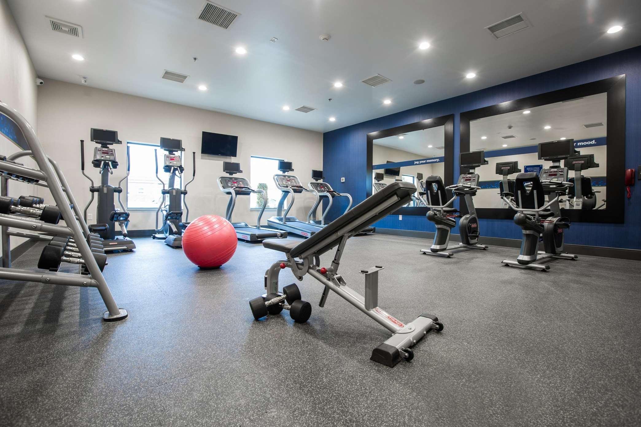 Hampton Inn & Suites Toledo/Westgate image 6