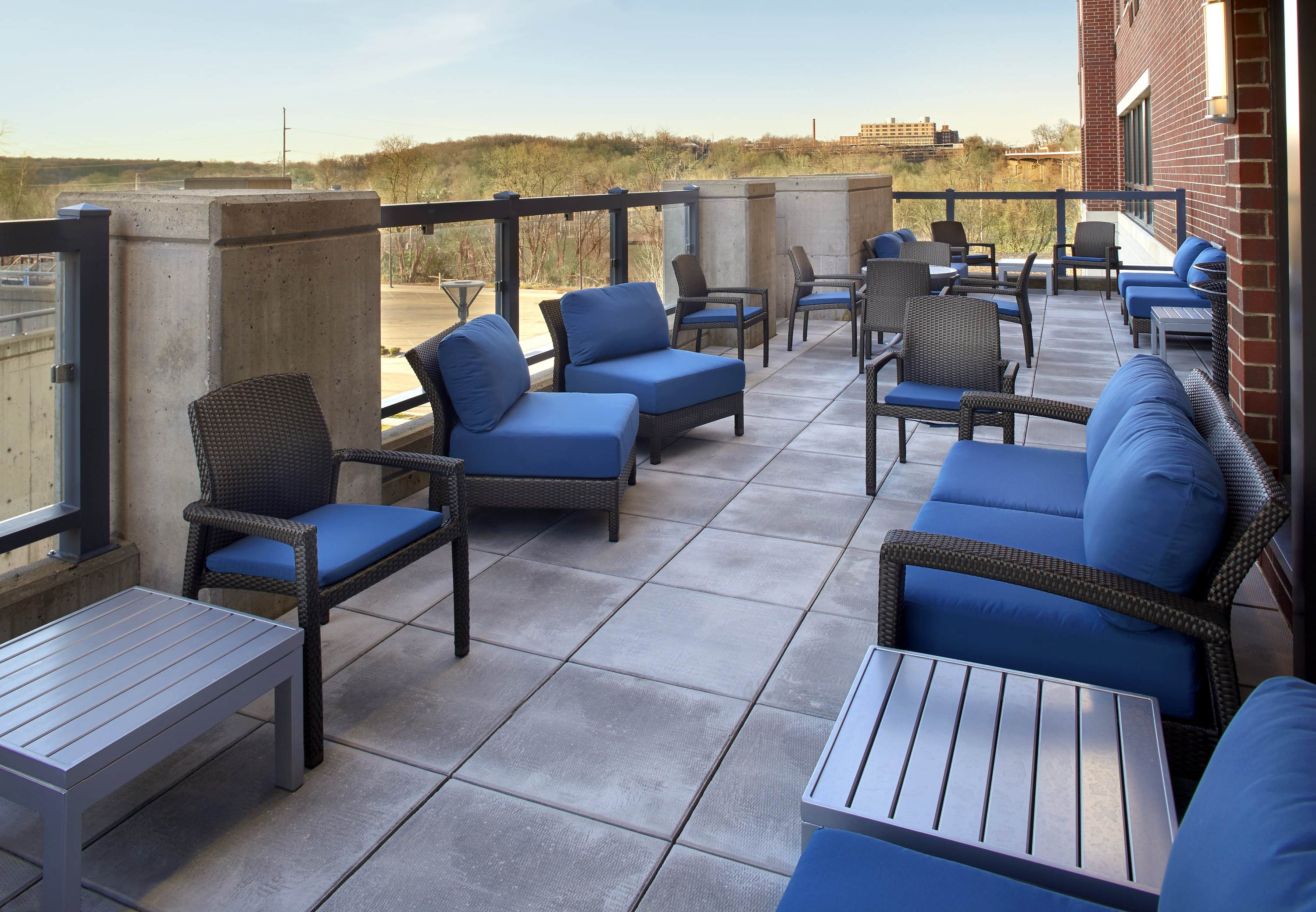Courtyard by Marriott Akron Downtown image 10