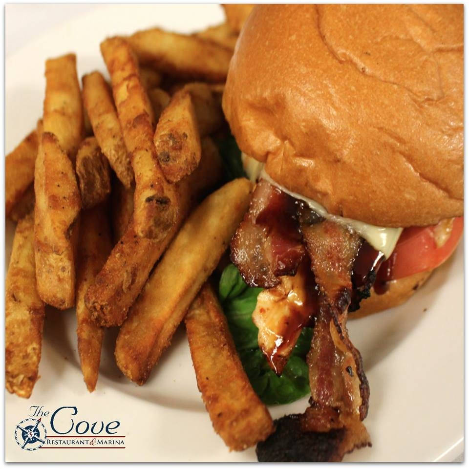 The Cove Restaurant & Marina image 6