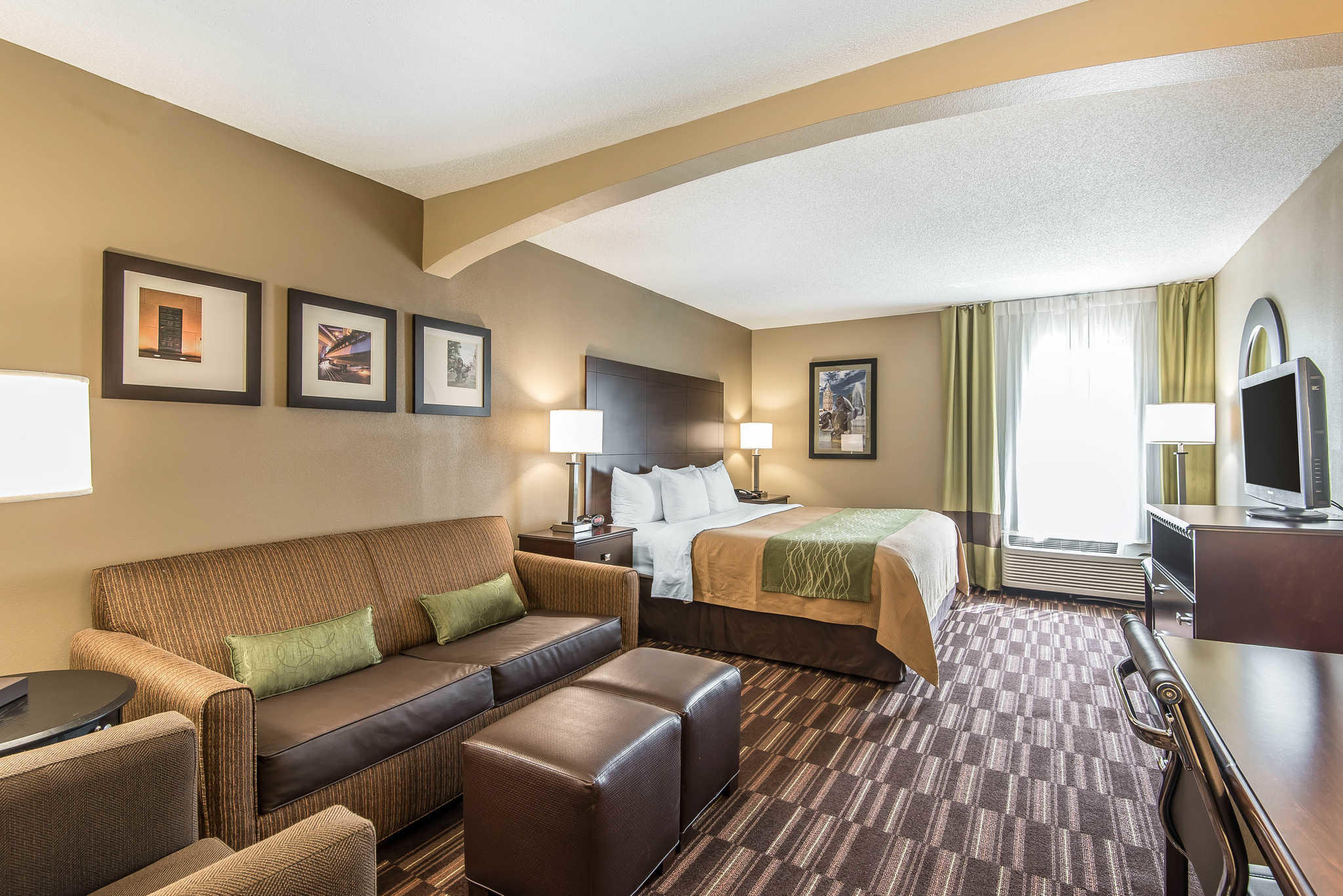 Comfort Inn & Suites Kansas City - Northeast image 22