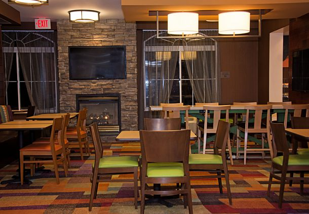 Fairfield Inn & Suites by Marriott Butler image 9