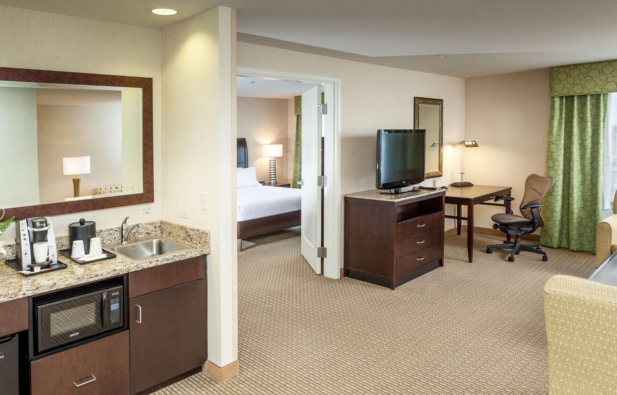 Hotel. Hilton Garden Inn Seattle/Bothell, WA ...