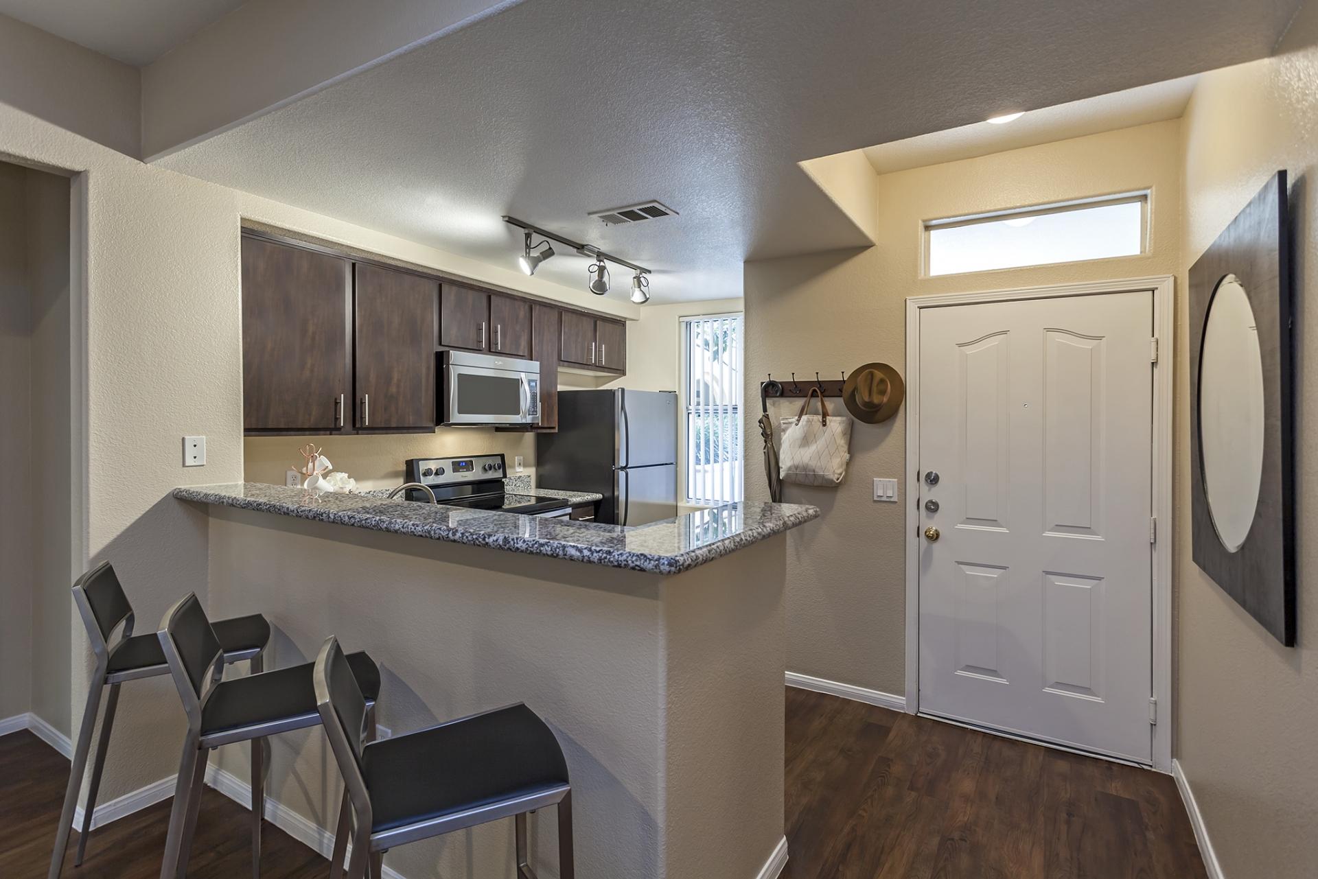 Camden Crown Valley Apartments image 11