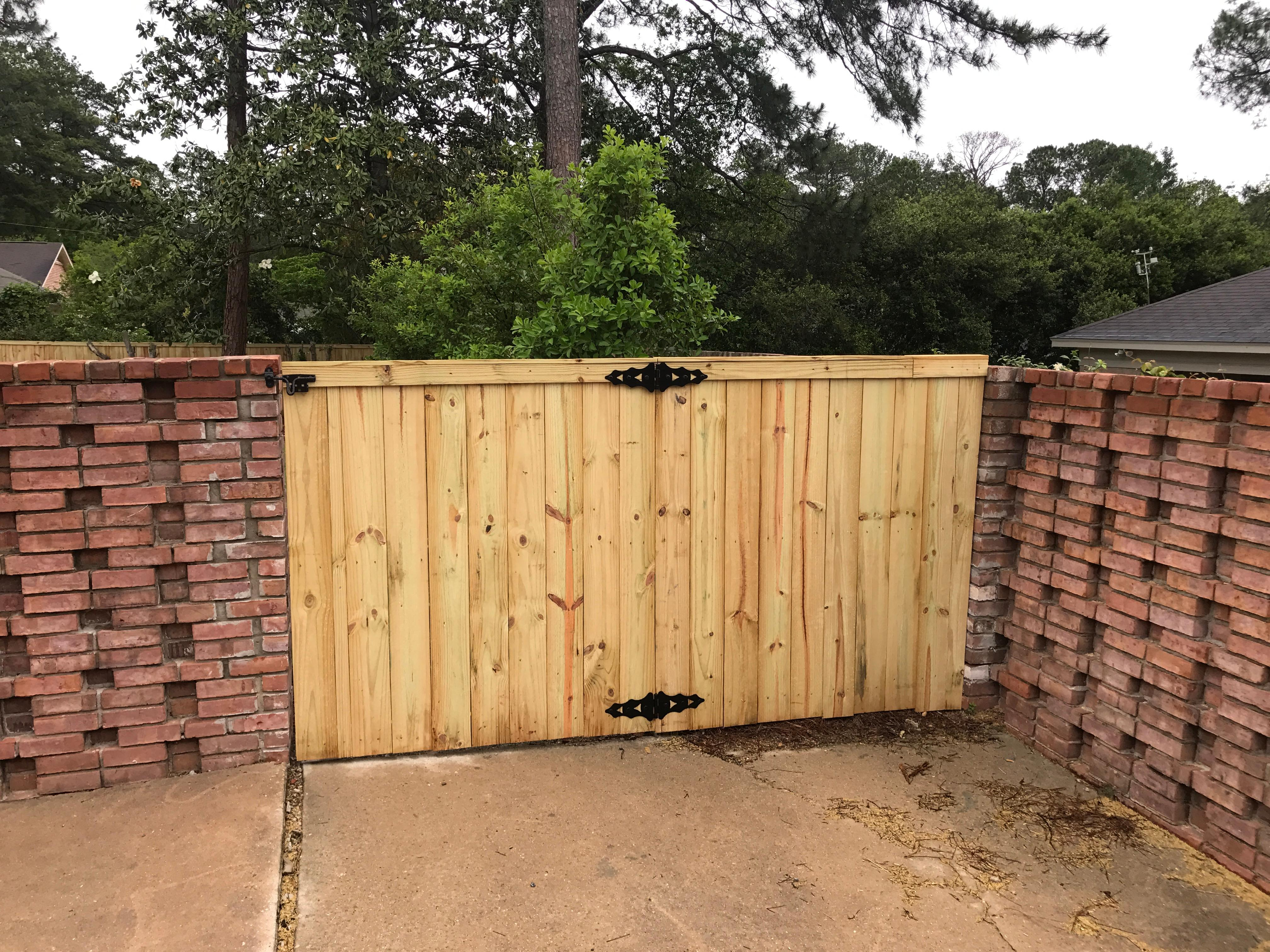 Lowery Fence Company LLC image 2