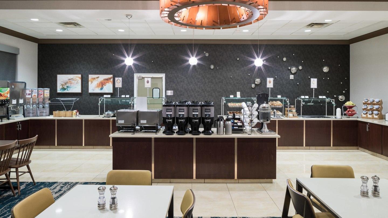 Fairfield Inn & Suites by Marriott Orlando at SeaWorld® image 7