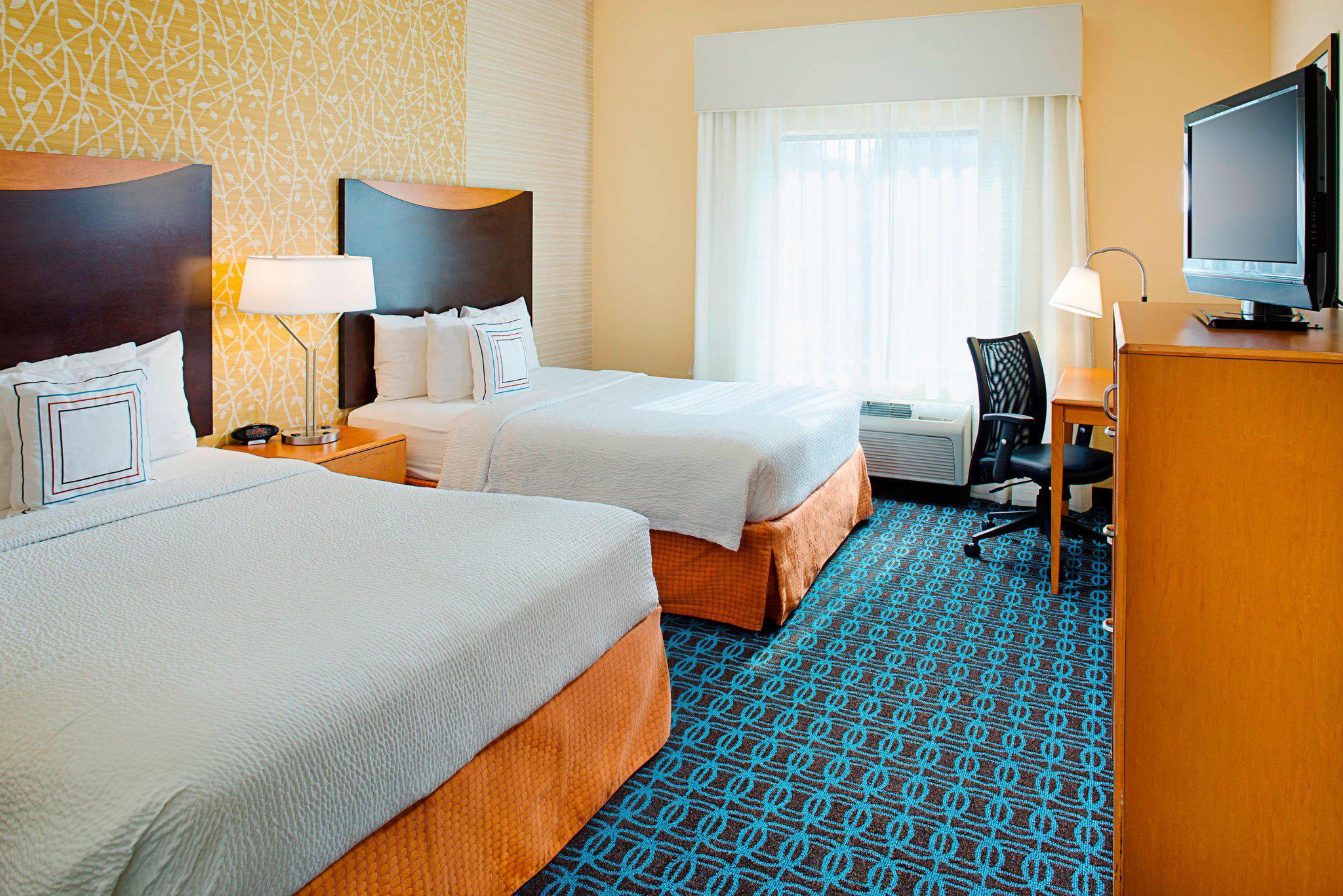 Fairfield Inn & Suites by Marriott San Antonio SeaWorld®/Westover Hills