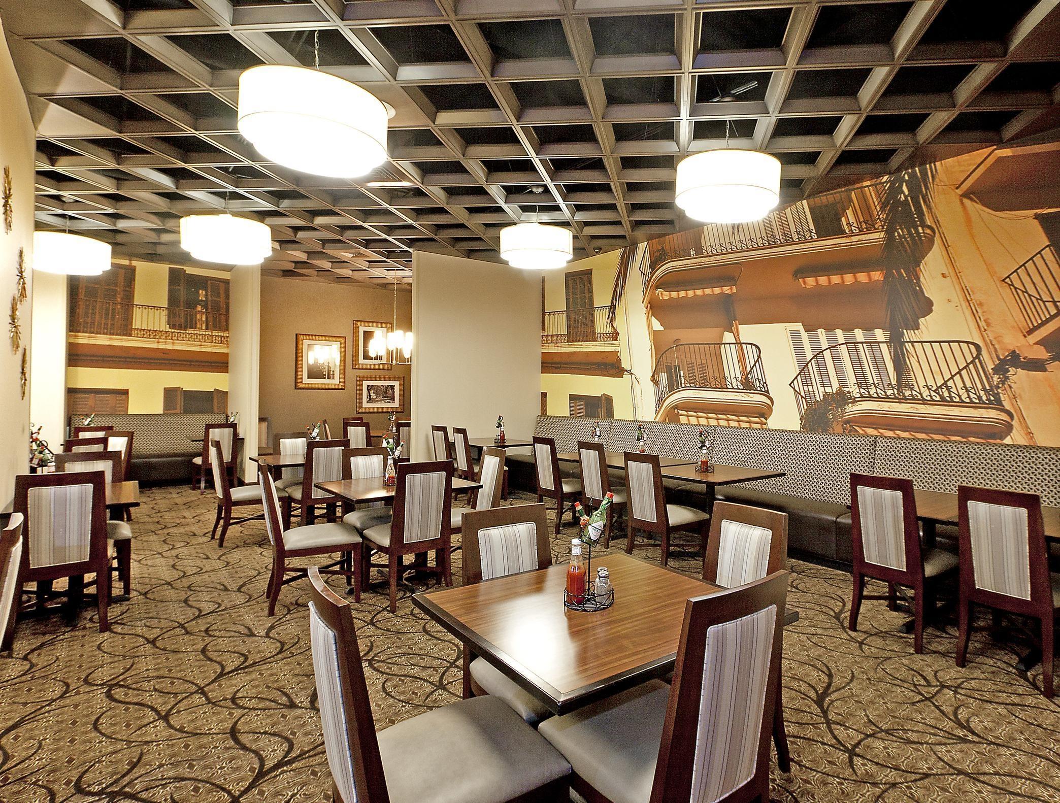 Embassy Suites by Hilton Savannah Airport image 6
