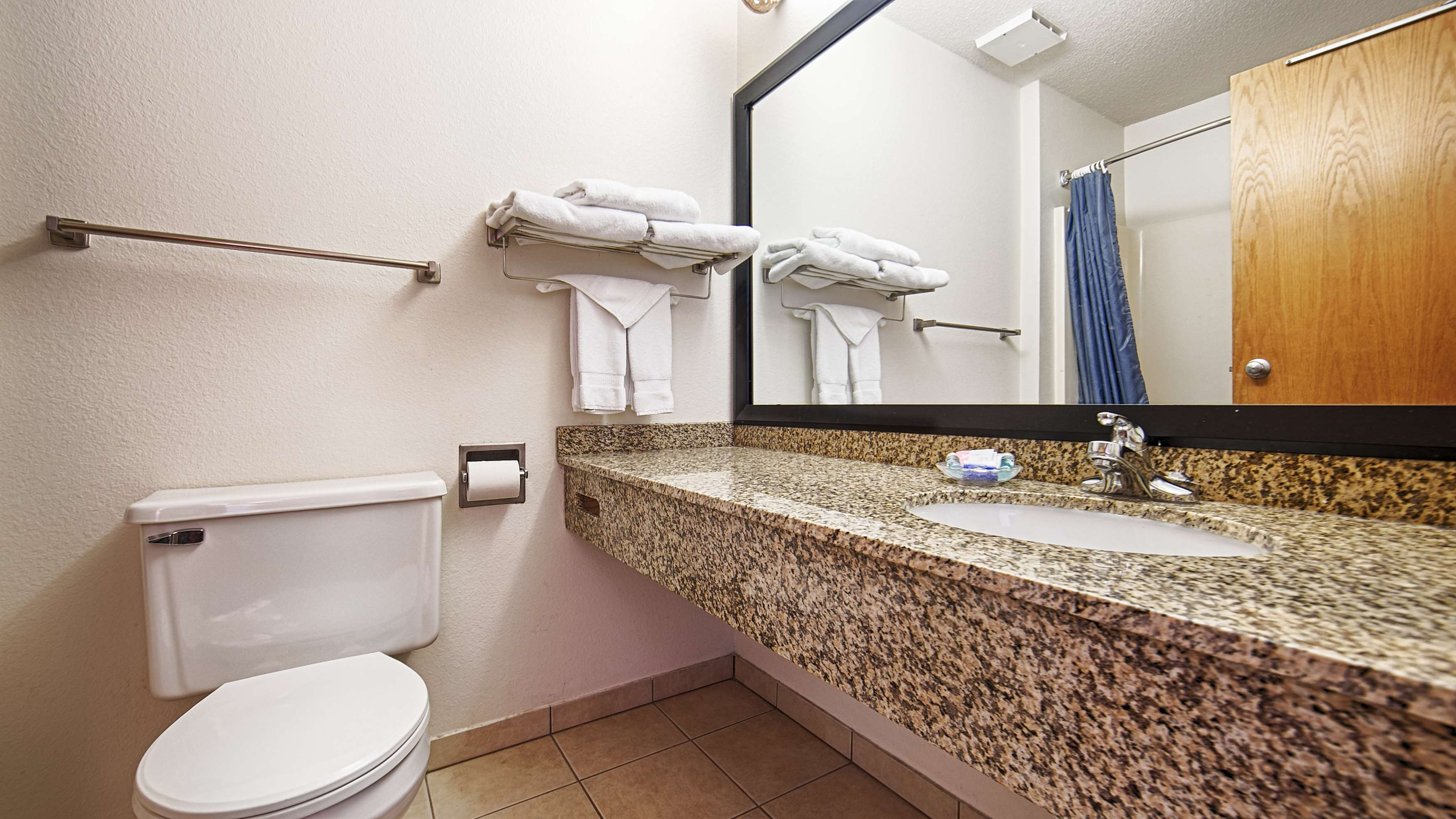 Best Western Of Huron image 17