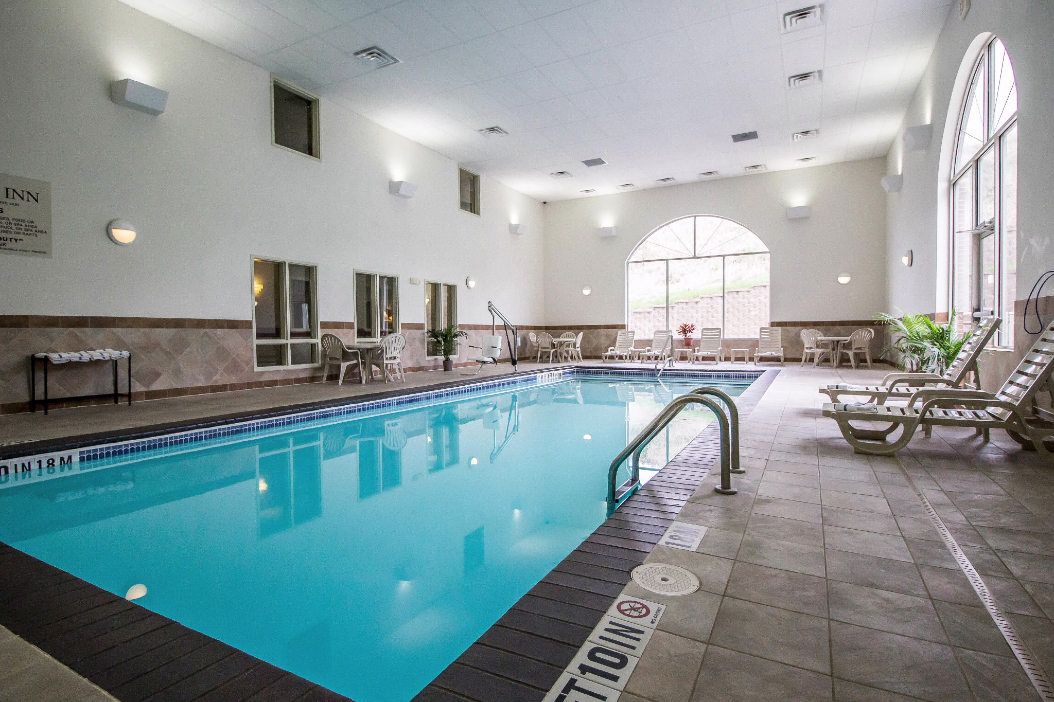 Comfort Inn Amp Suites In Rapid City Sd Whitepages