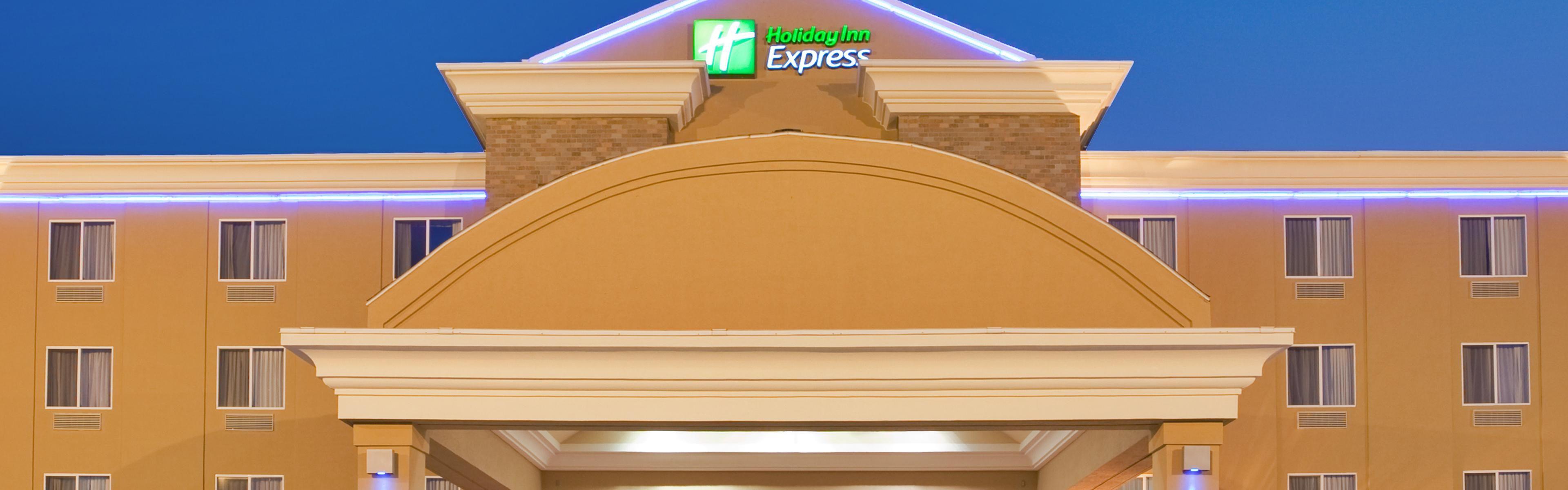 Holiday Inn Express Kearney image 0