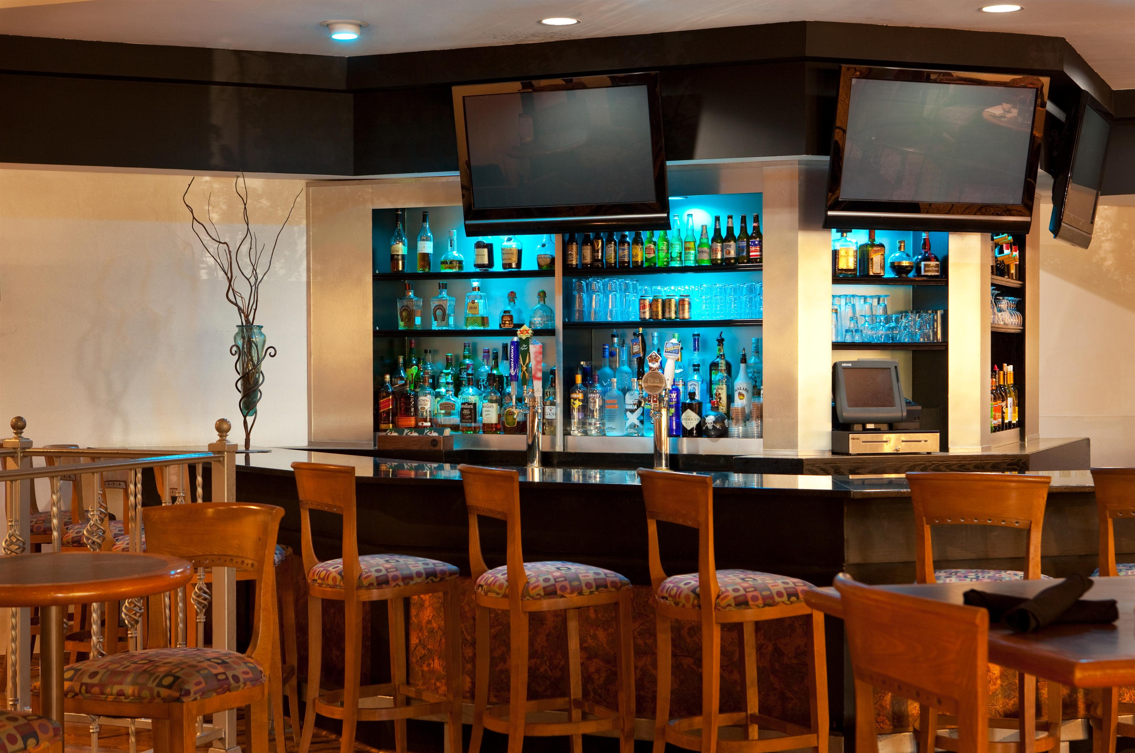 Four Points by Sheraton Phoenix North image 14