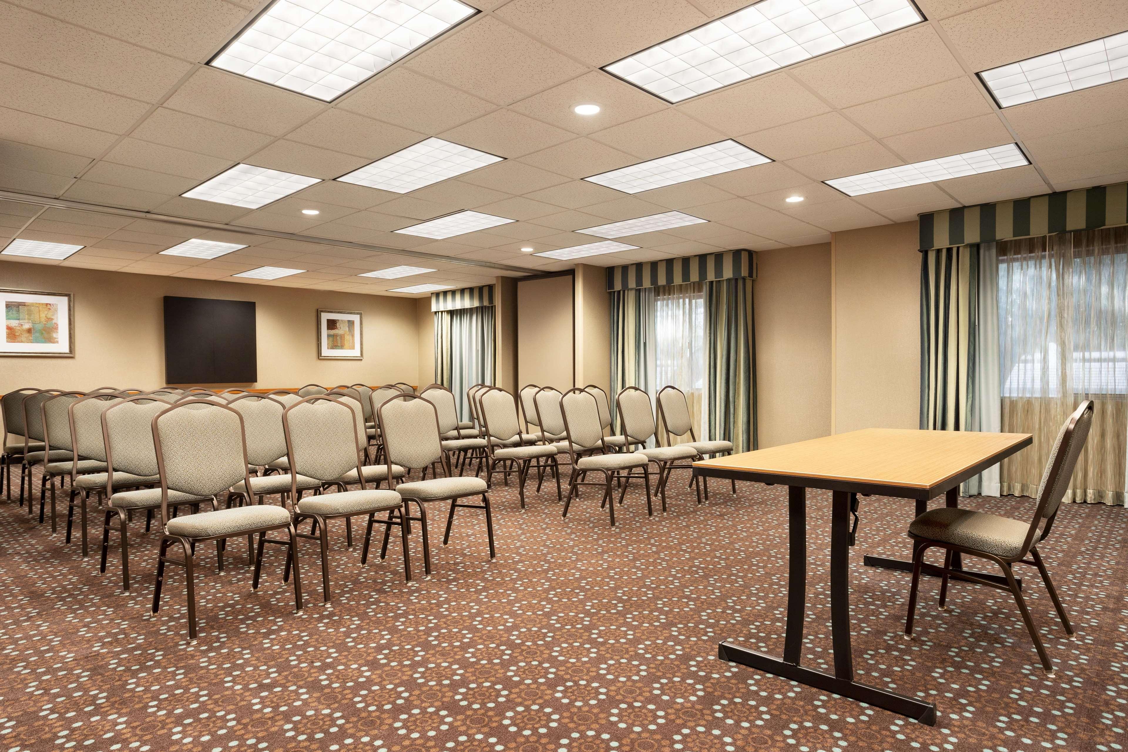 Hampton Inn Phoenix-Midtown-Downtown Area image 29