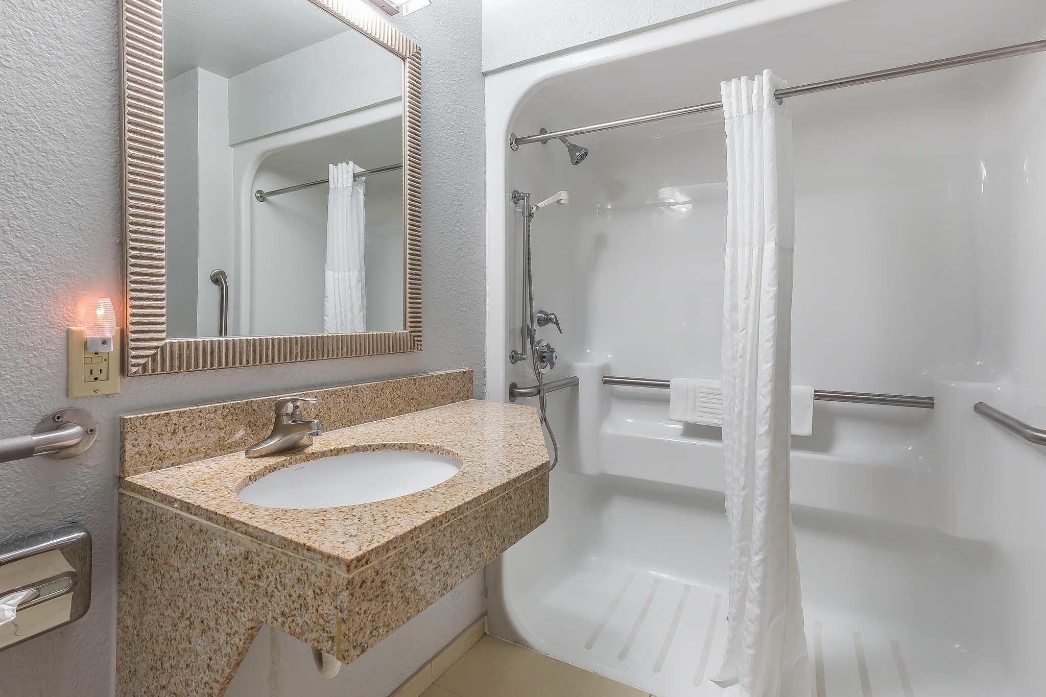 Comfort Inn image 36