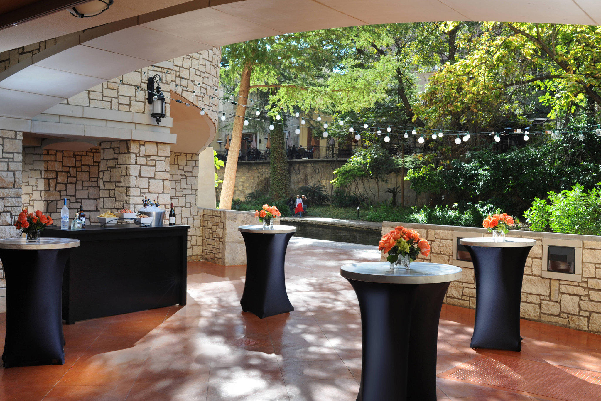 Courtyard by Marriott San Antonio Riverwalk