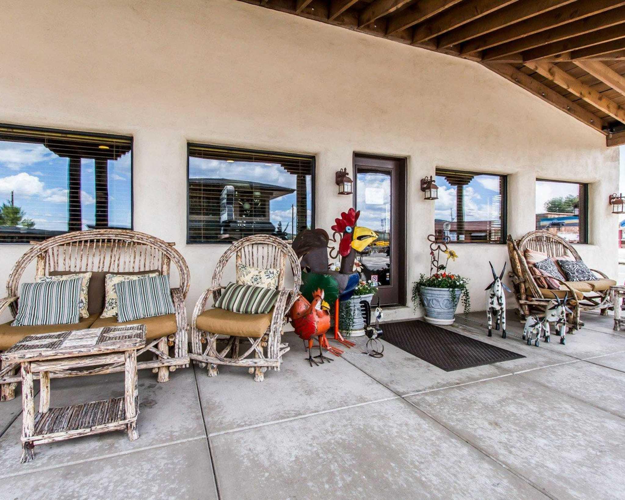 Rodeway Inn & Suites Downtowner-Rte 66 image 31