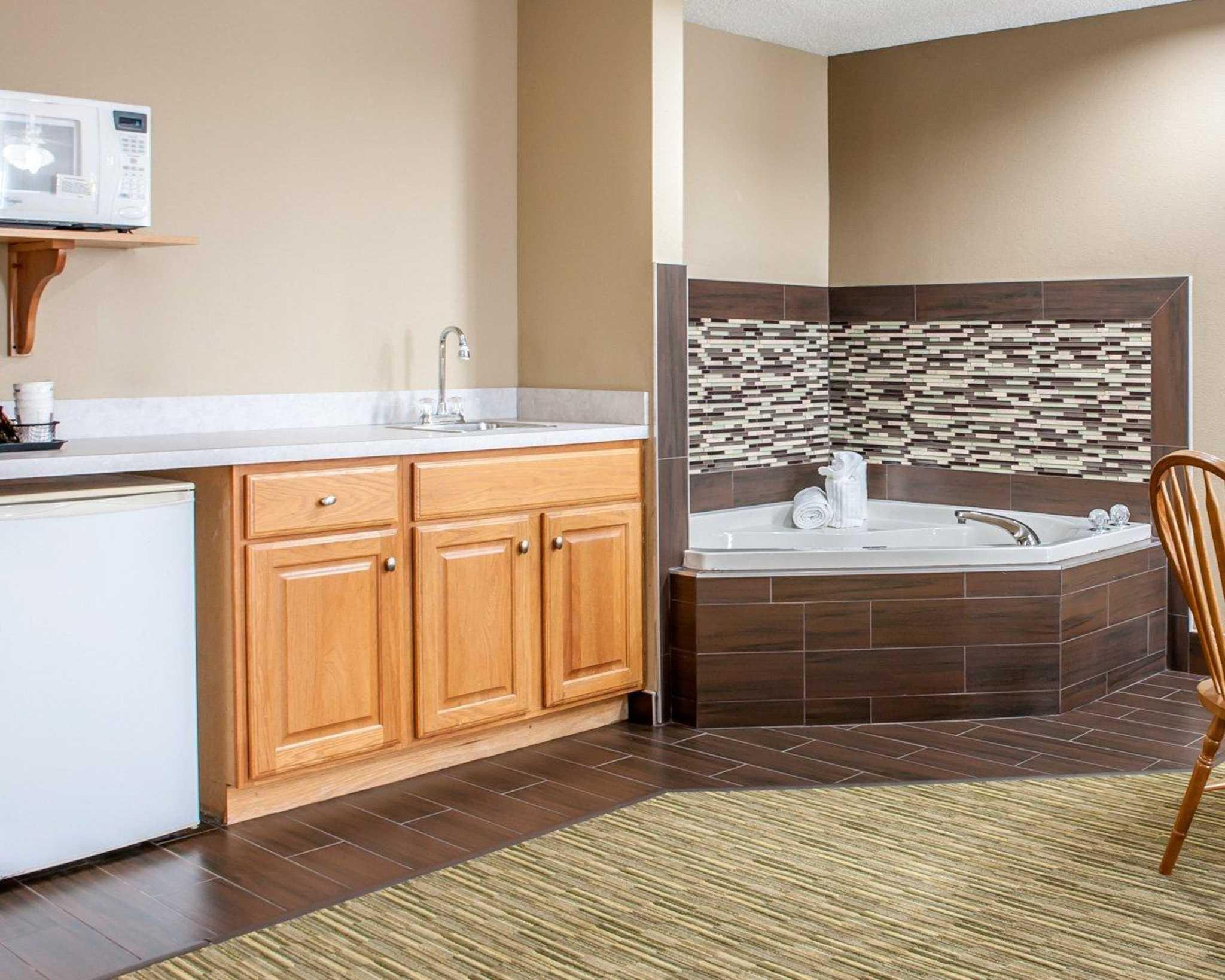 Comfort Suites North in Elkhart, IN, photo #45