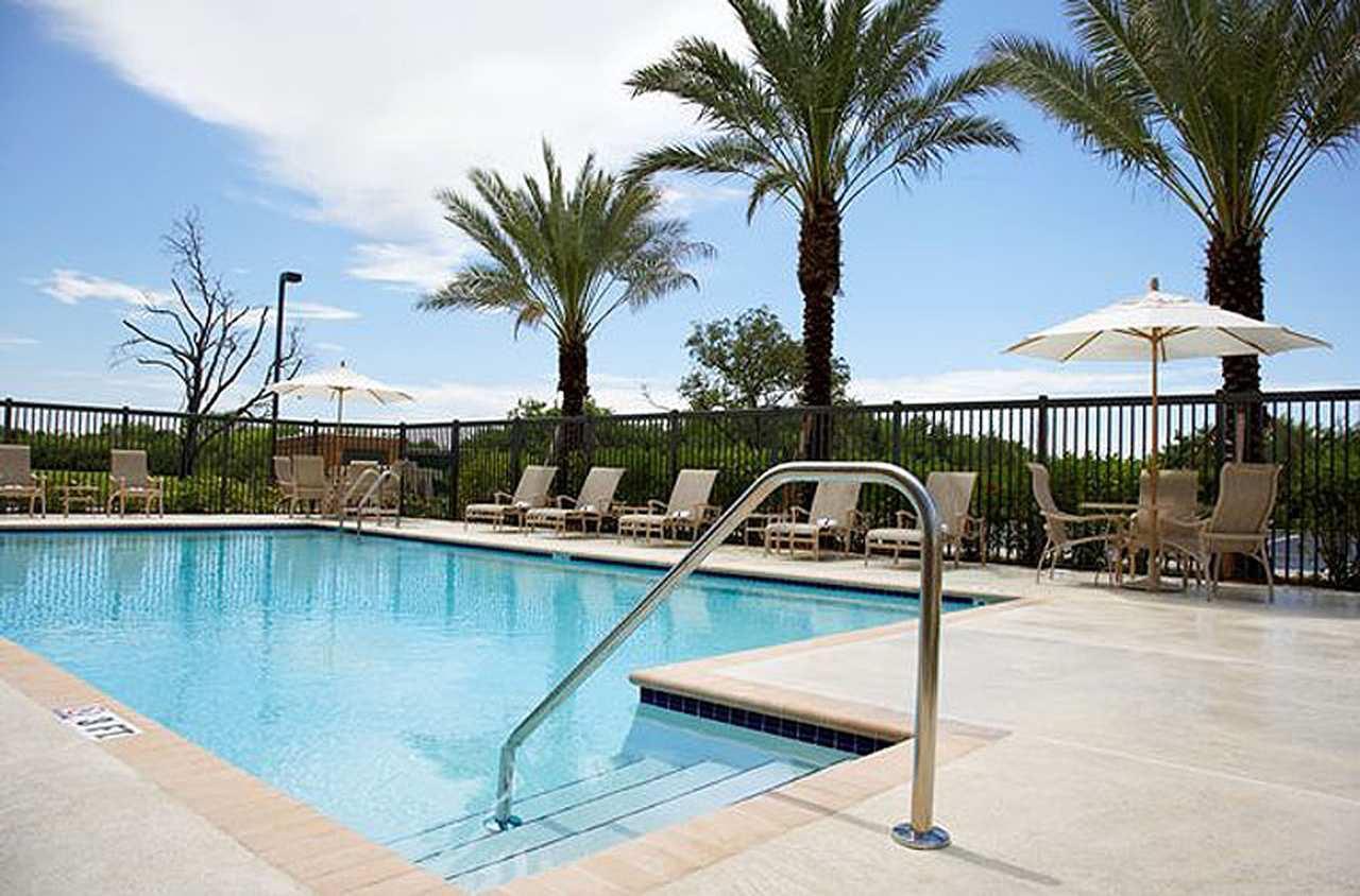 Hampton Inn & Suites Clearwater/St. Petersburg-Ulmerton Road, FL image 3