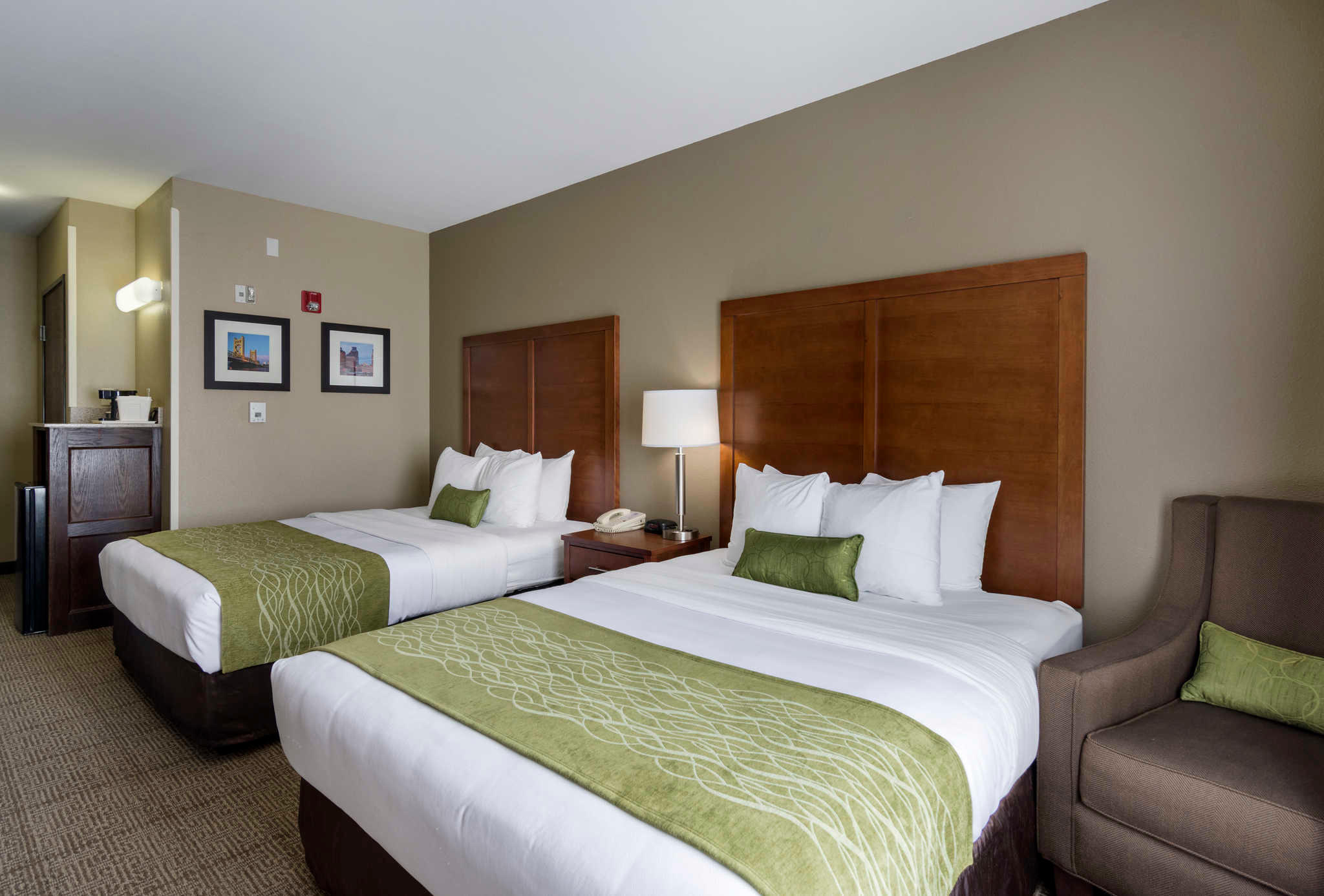 Comfort Inn & Suites Sacramento - University Area image 14