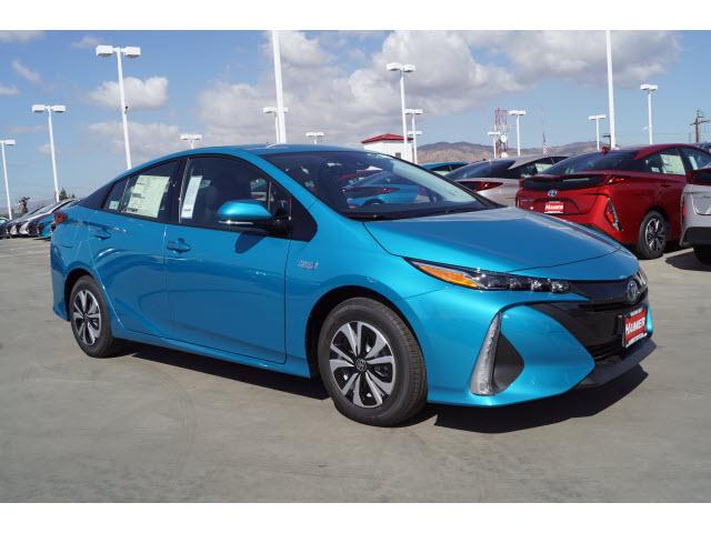 Hamer Toyota in Mission Hills, CA, photo #4