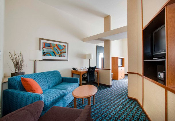 Fairfield Inn & Suites by Marriott Clermont image 4