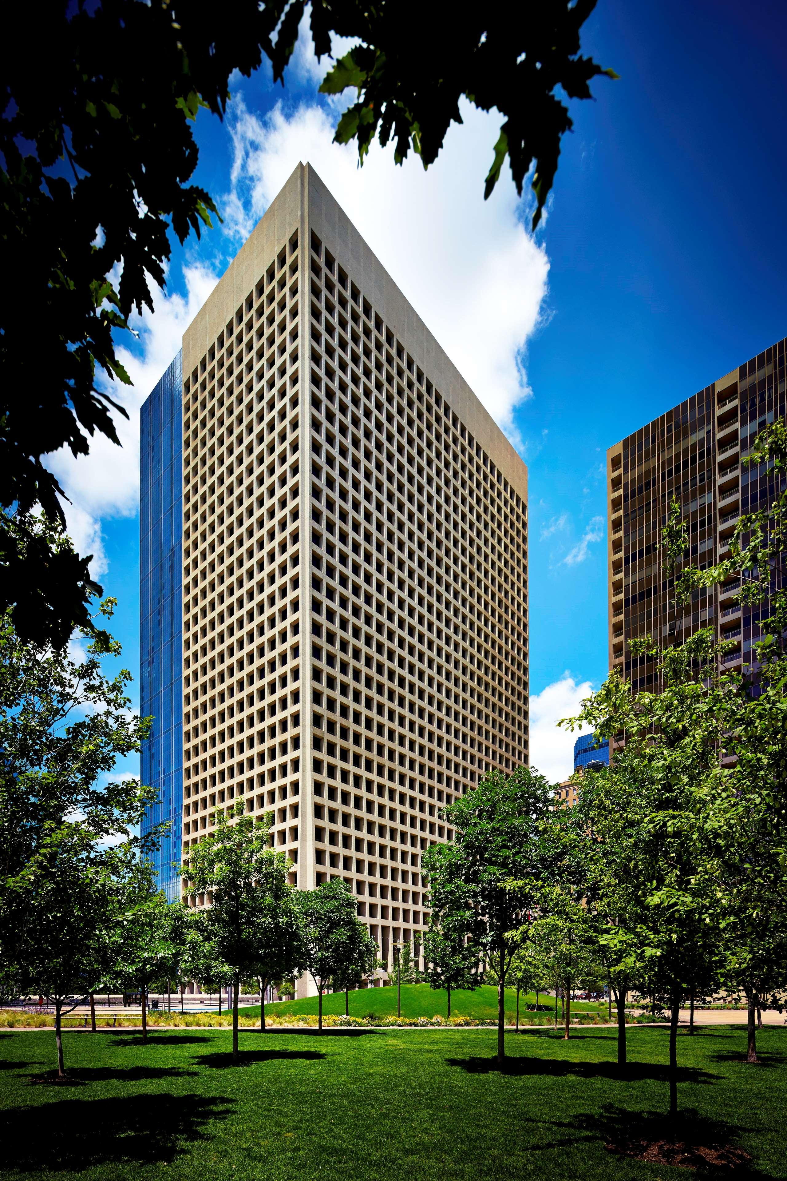 The Westin Dallas Downtown image 2
