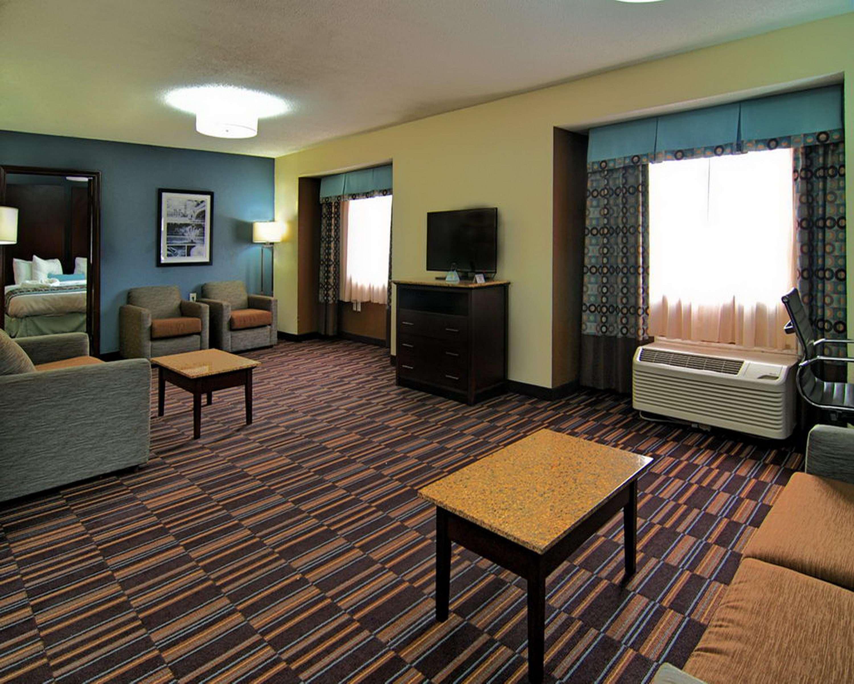 Best Western Plus Elizabeth City Inn & Suites image 33