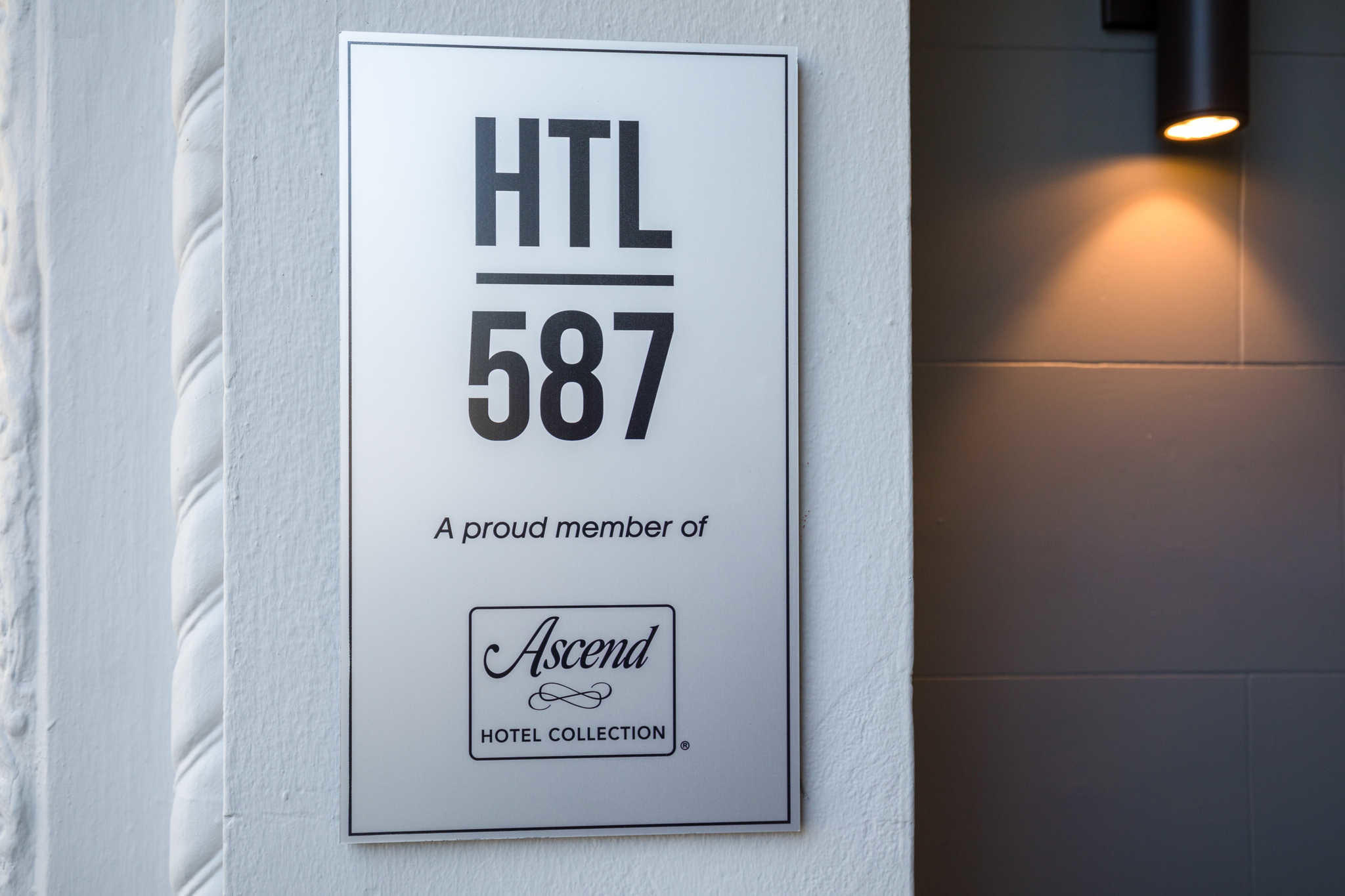 HTL 587, an Ascend Hotel Collection Member