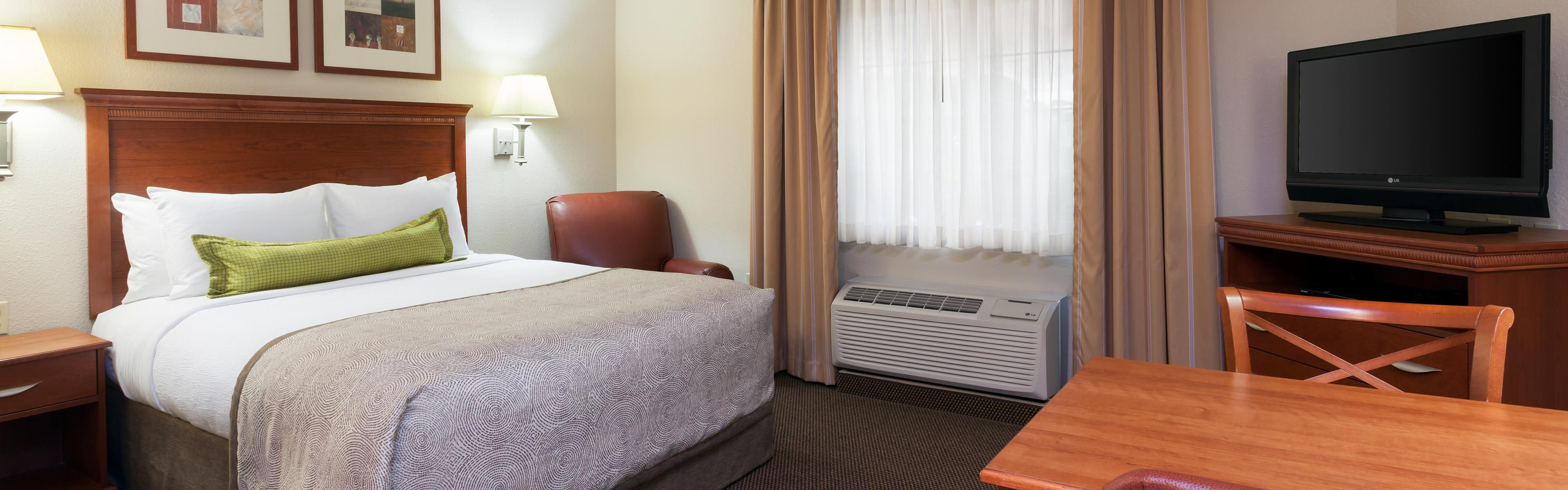 Candlewood Suites Reading image 1
