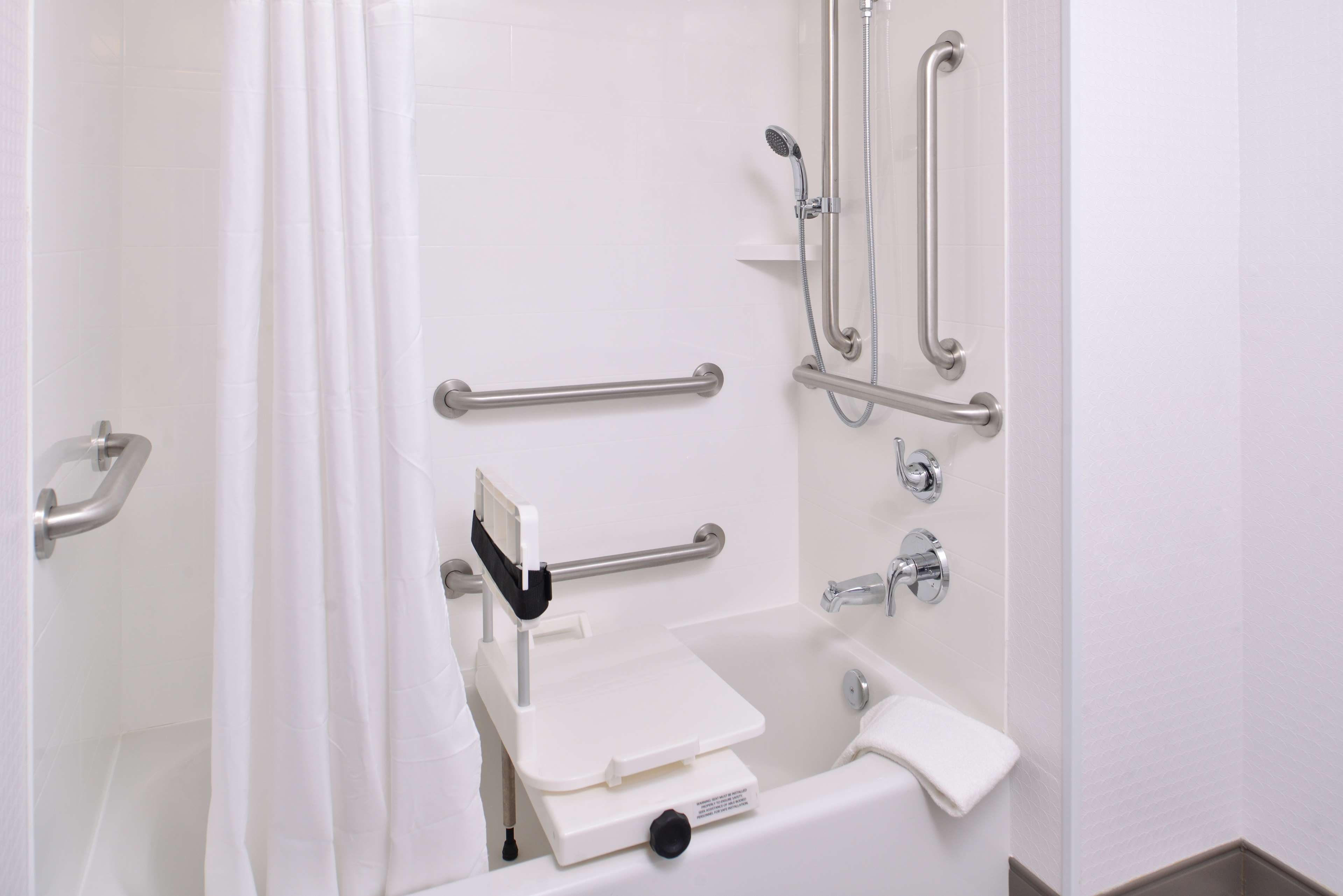 Hampton Inn & Suites St. Paul Oakdale/Woodbury image 24