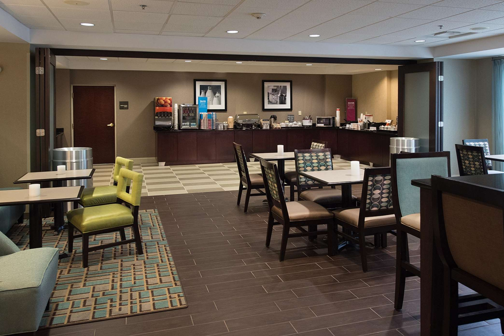 Hampton Inn Atlanta/Fayetteville image 21