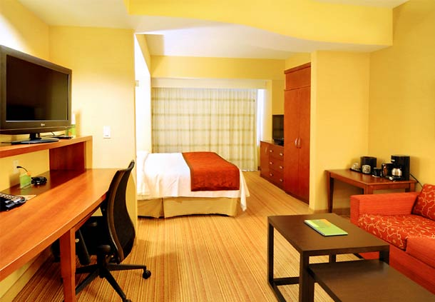 Courtyard by Marriott San Jose Campbell image 12