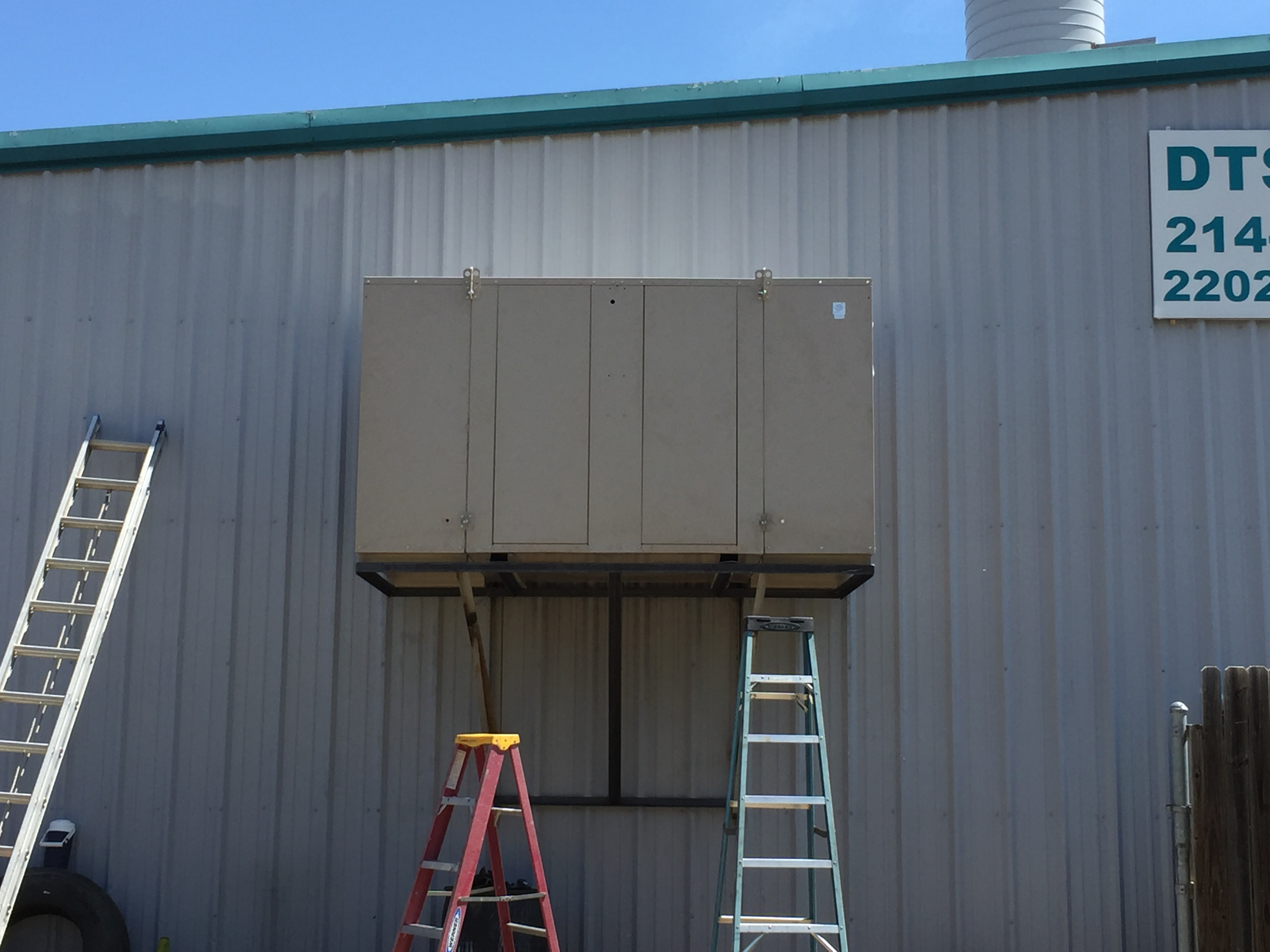 Evaporator Cooler installed on House of Color body shop