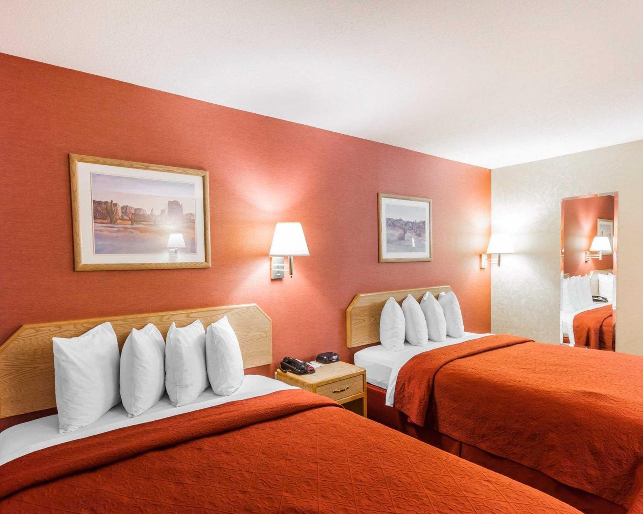 Quality Inn & Suites Surprise Near Sun City West image 3