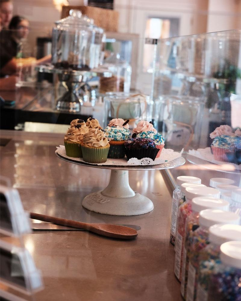 Stowe Bee Bakery & Cafe image 11