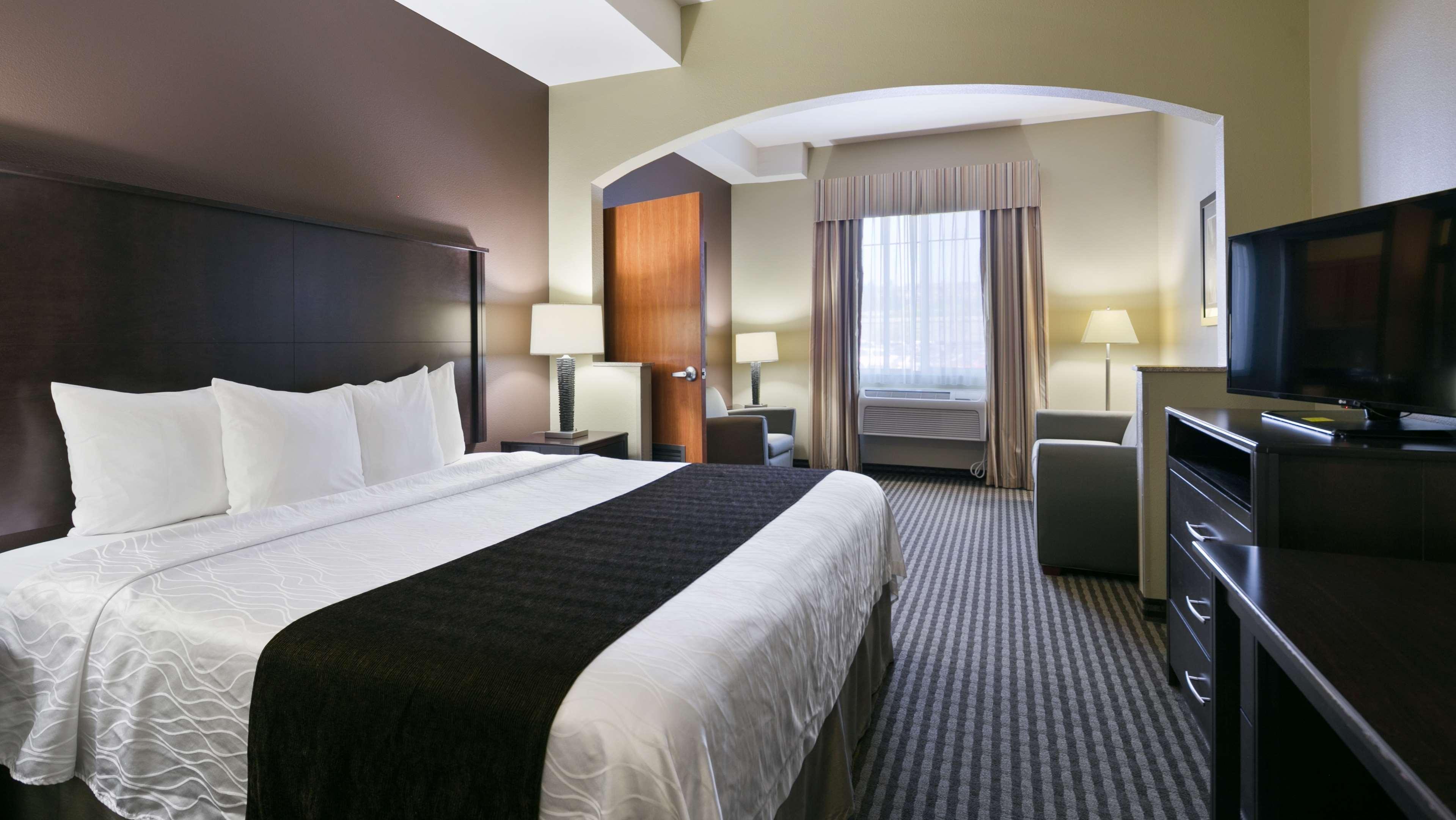 Best Western Plus Parkersville Inn & Suites image 5