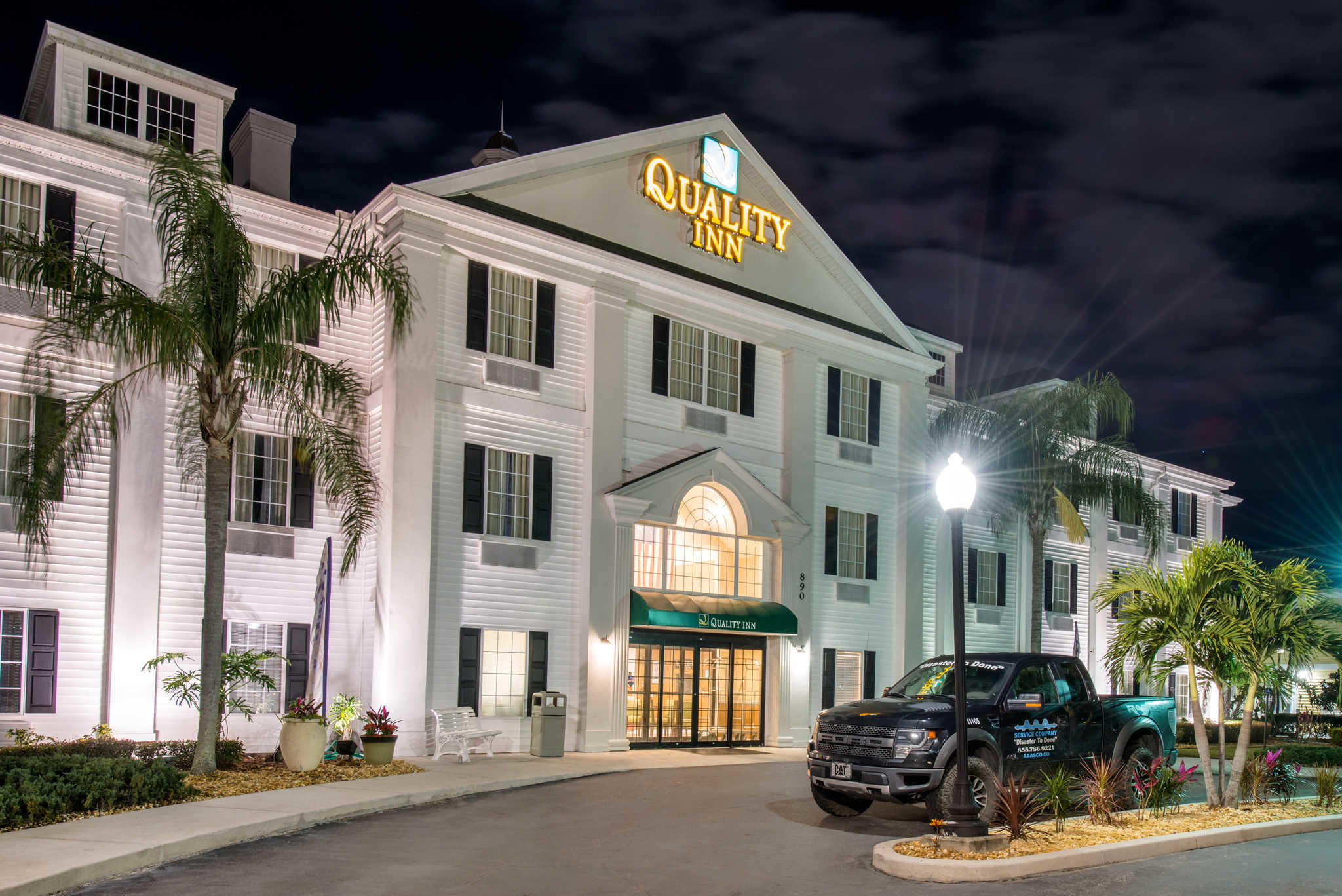 Quality Inn Palm Bay - Melbourne I-95 image 1