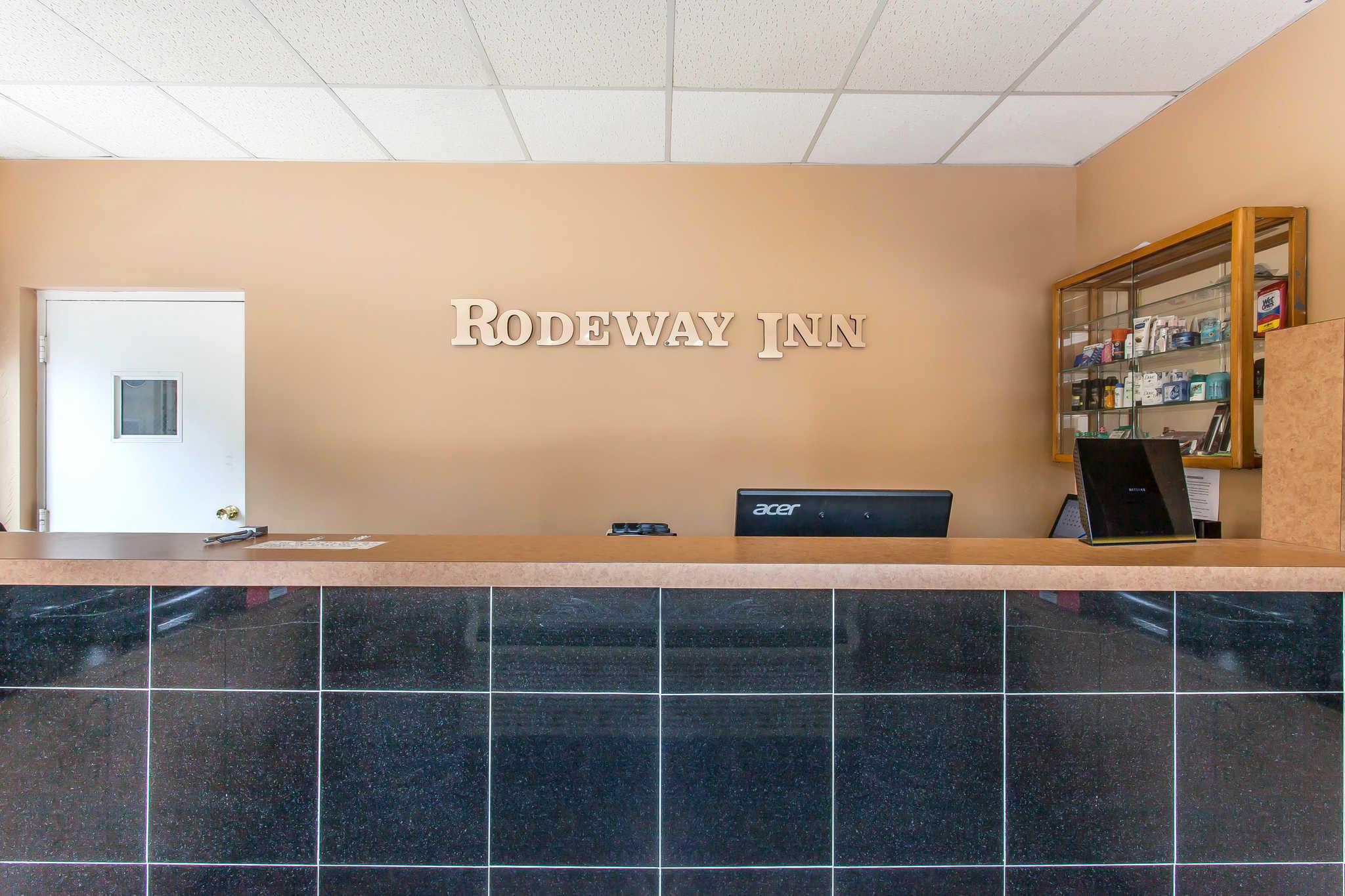 Rodeway Inn North image 33