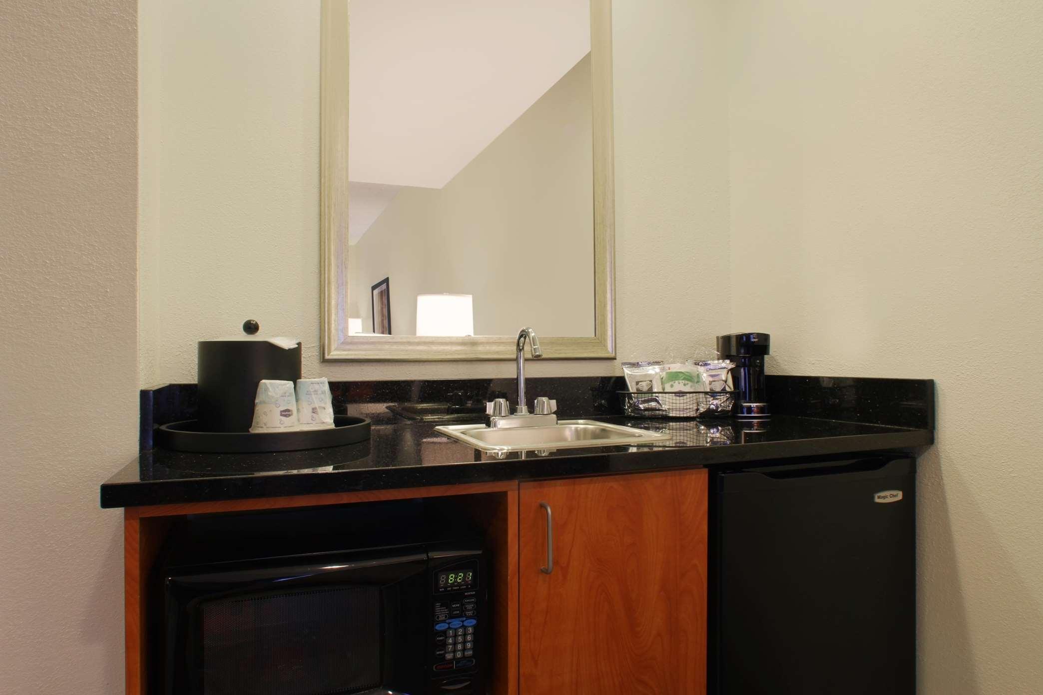 Hampton Inn & Suites Port St. Lucie, West image 23