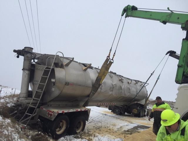Benefiel Truck Repair & Towing image 10