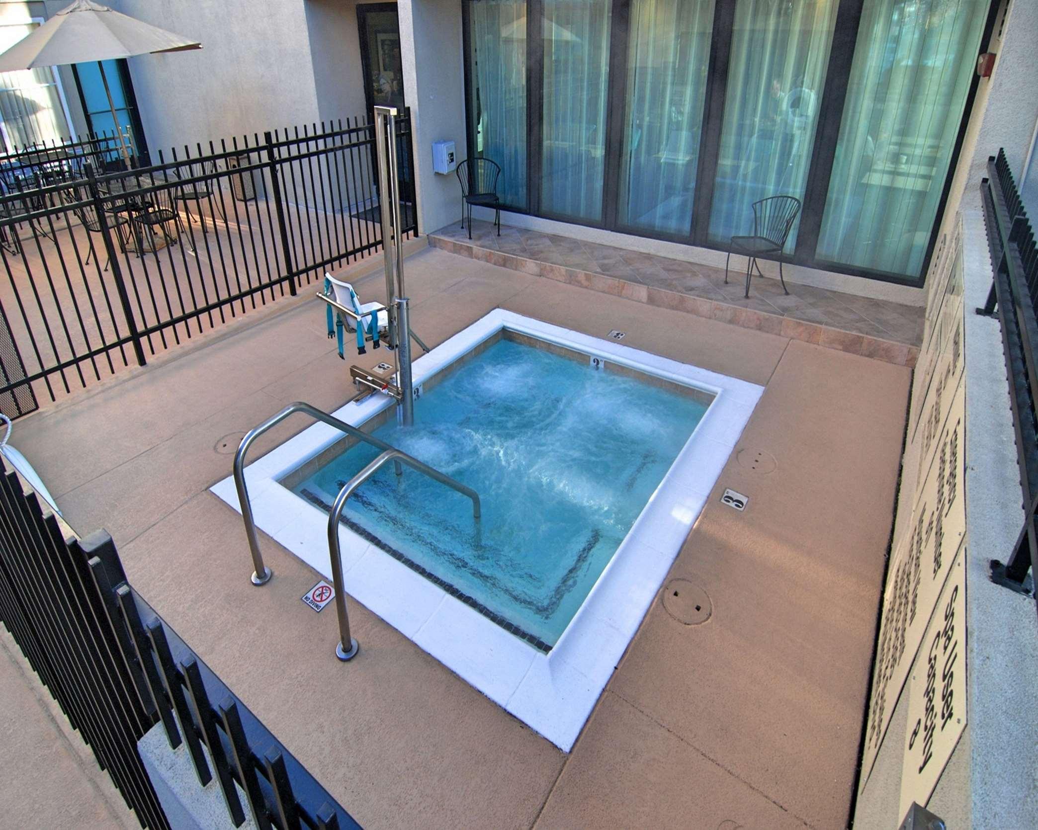 Hampton Inn & Suites Mountain View image 3