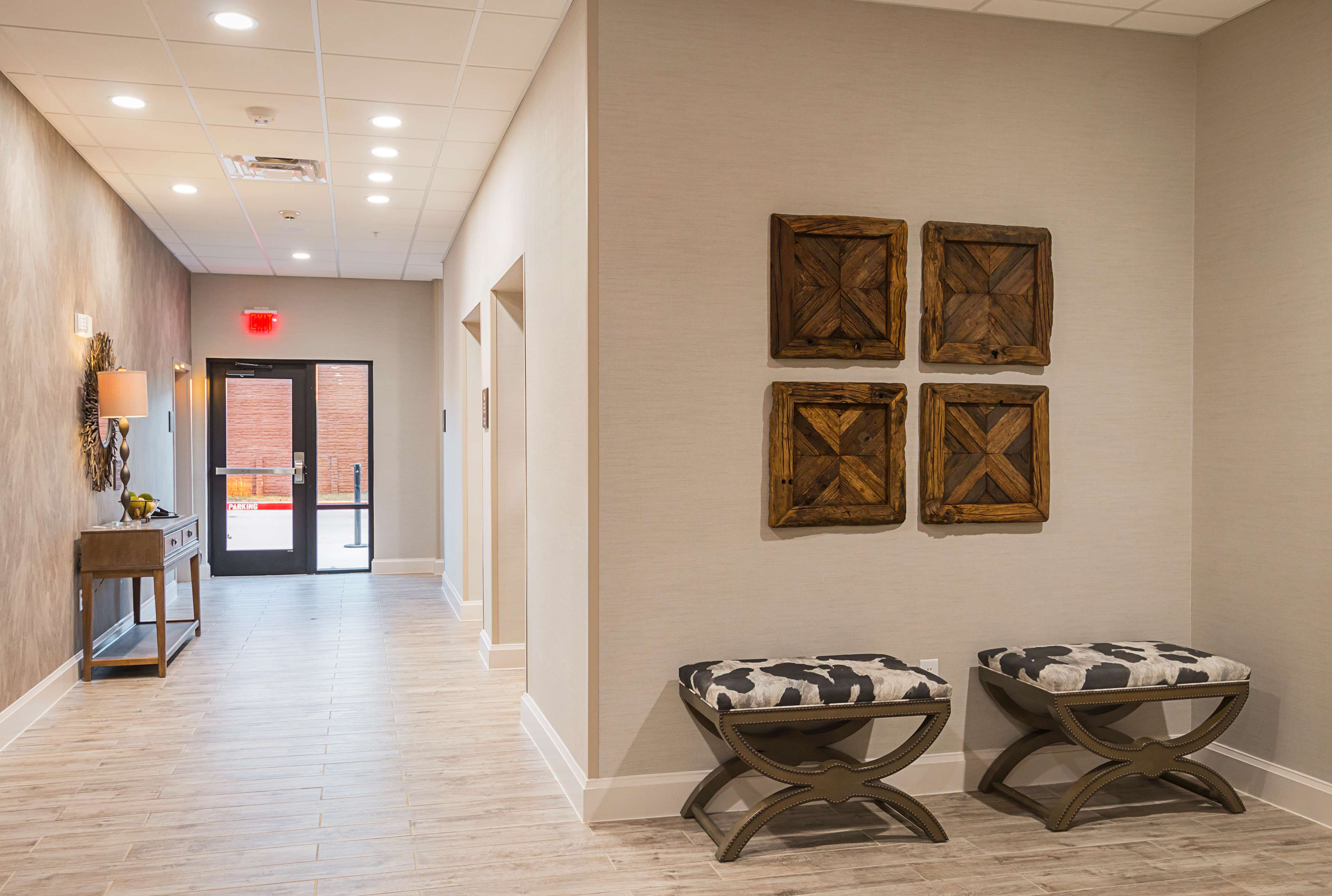 Hampton Inn & Suites Colleyville DFW West image 3