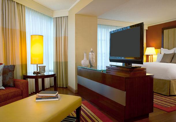 Renaissance Charlotte SouthPark Hotel image 17