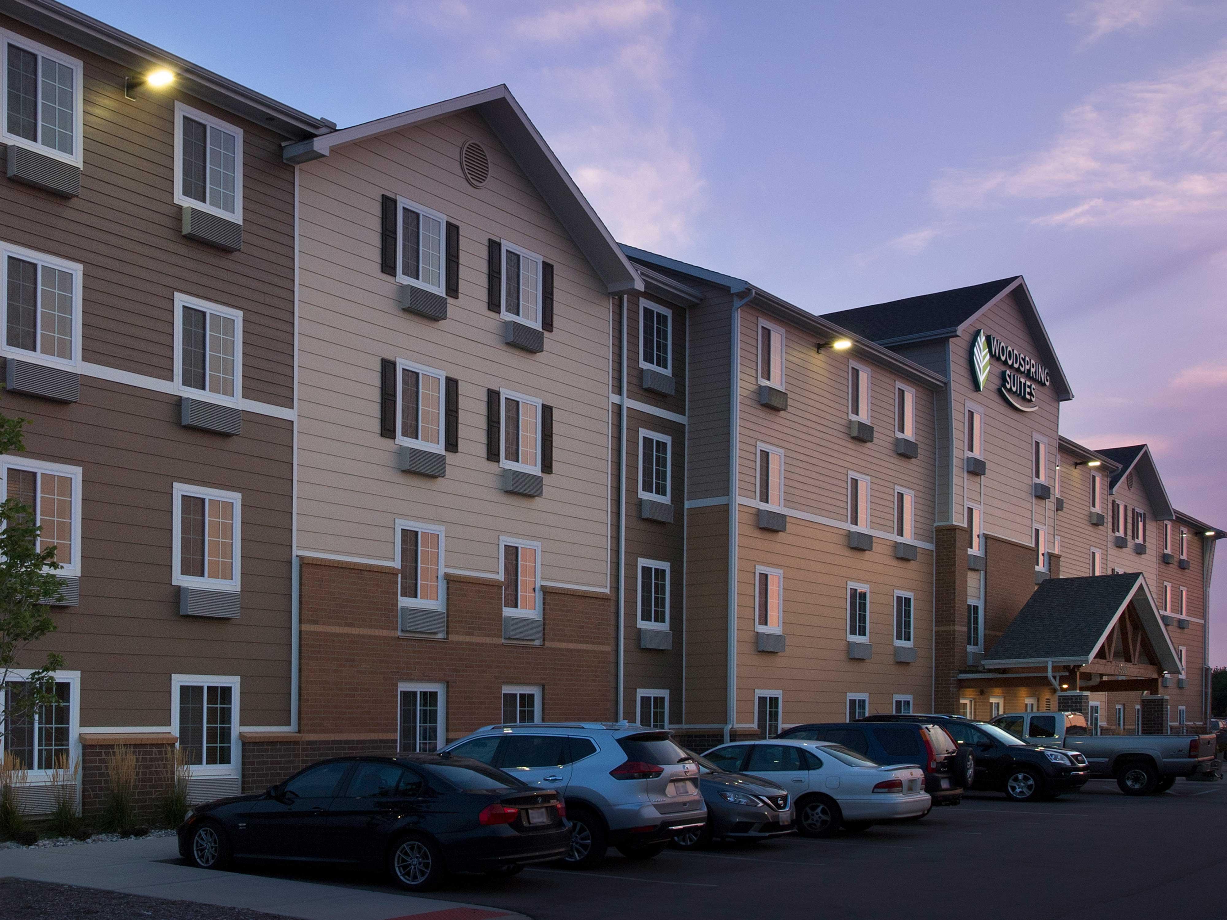 WoodSpring Suites Grand Rapids South image 17