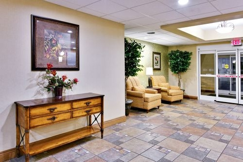 Holiday Inn Express & Suites Daphne-Spanish Fort Area image 4