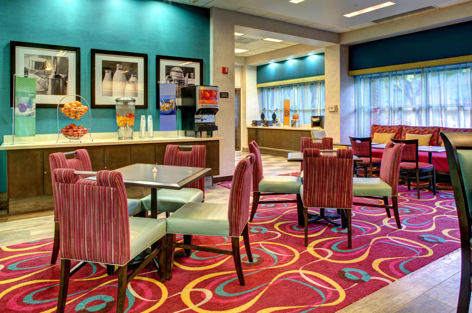 Hampton Inn by Hilton Coconut Grove Coral Gables Miami image 2