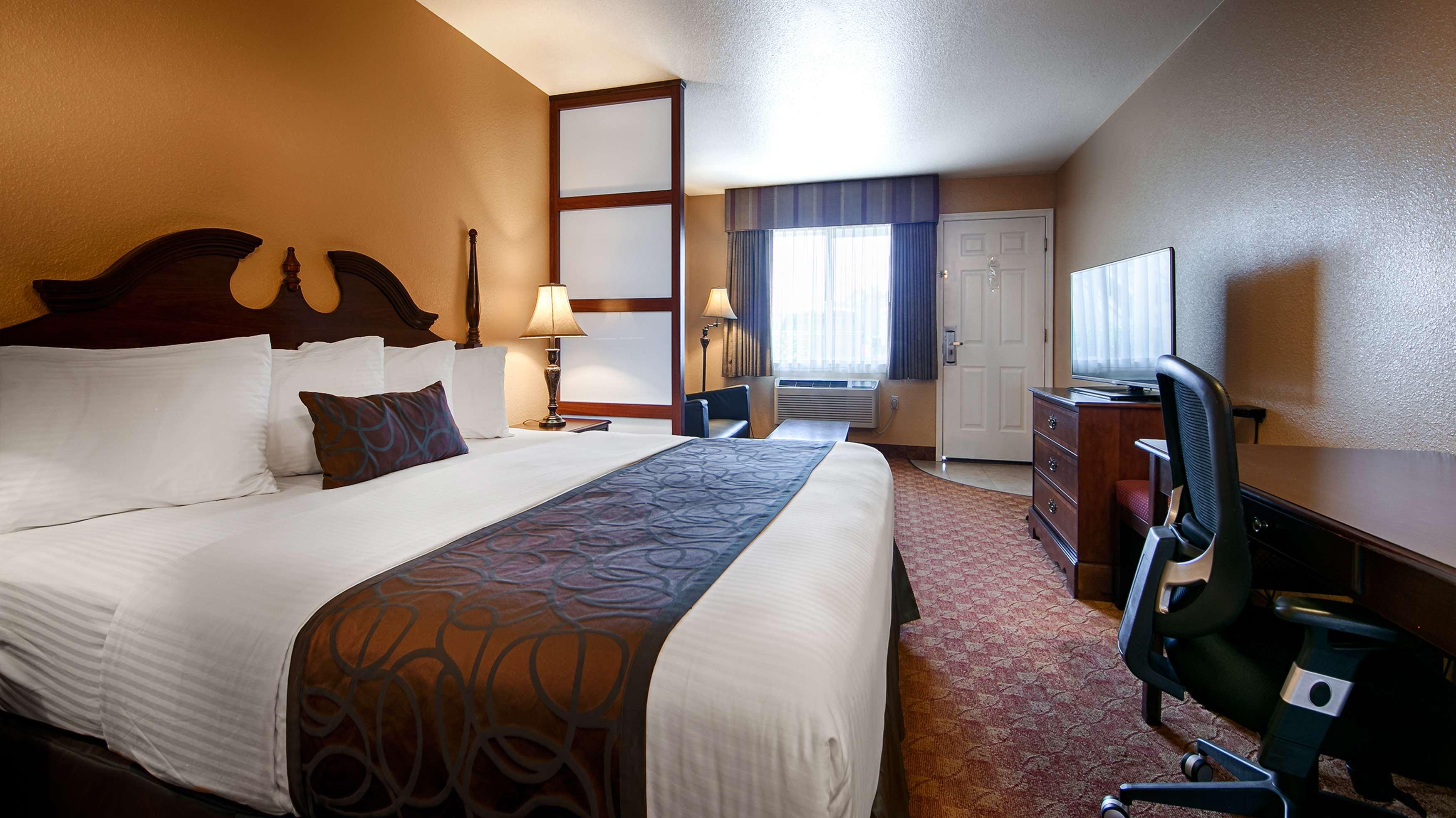 Best Western Fallon Inn & Suites image 16