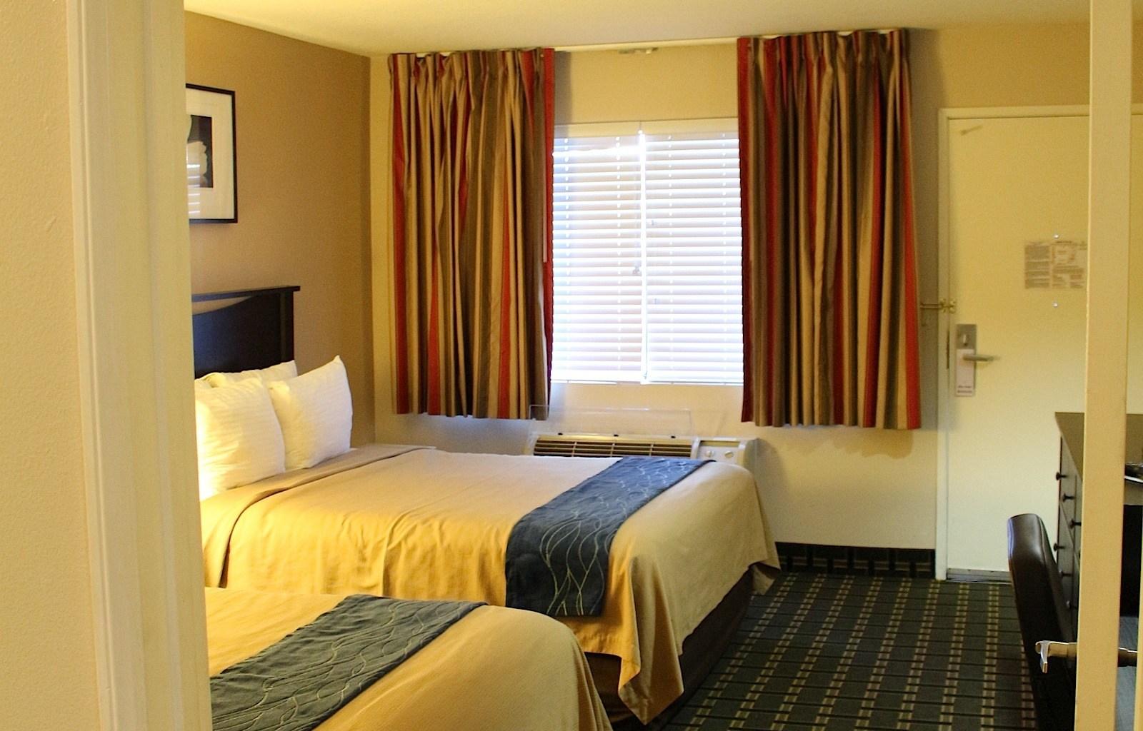 Stanford Inn & Suites image 5