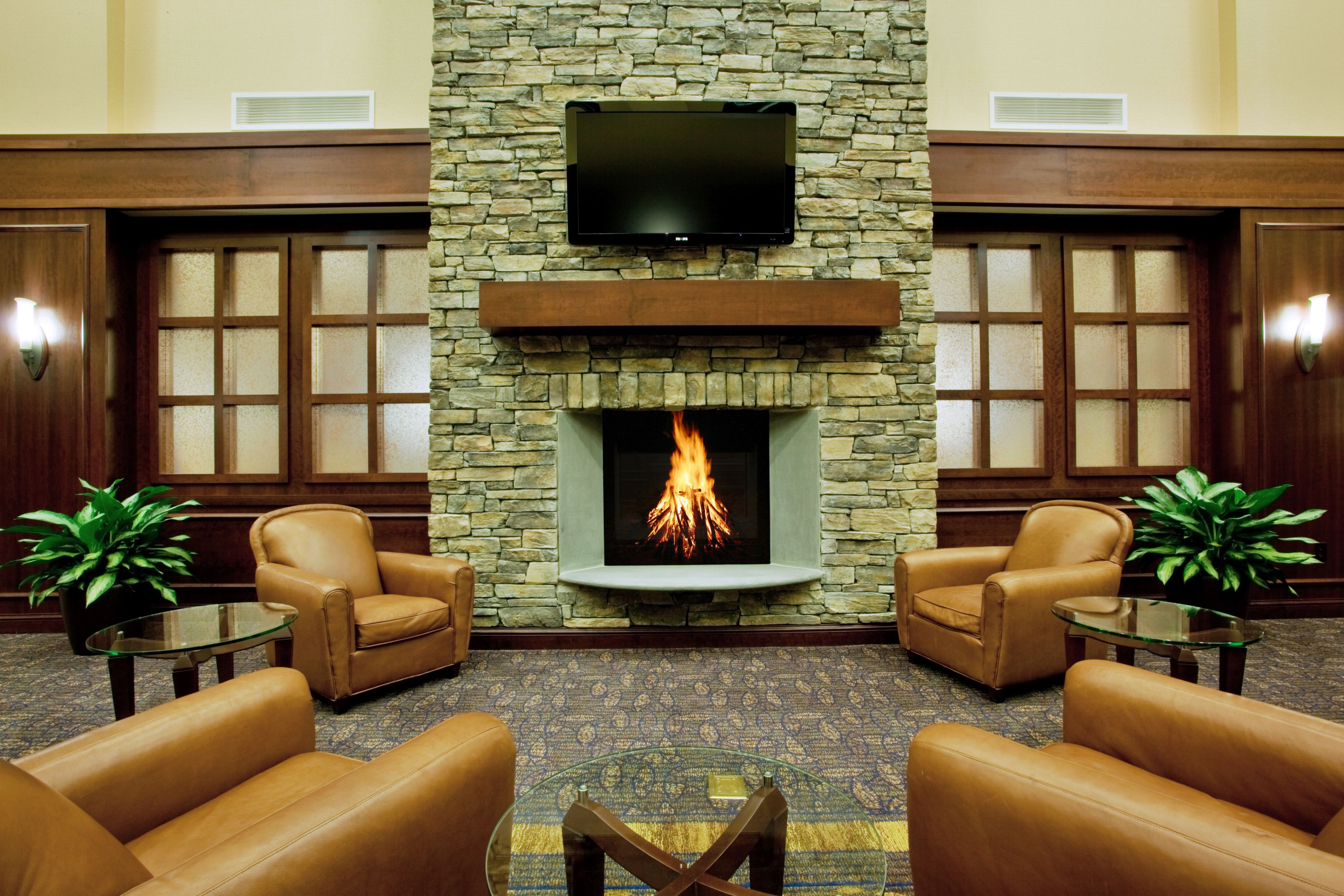 Holiday Inn Express & Suites Wilmington-Newark image 5