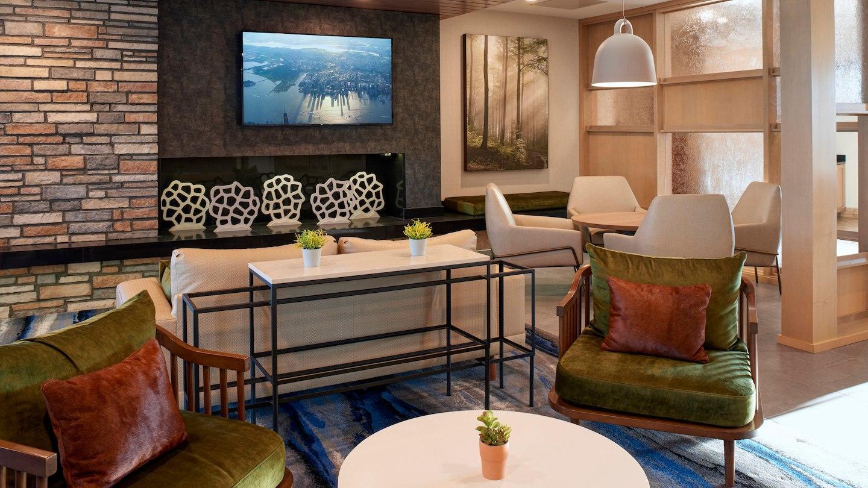 Fairfield Inn & Suites by Marriott Columbus, IN image 1