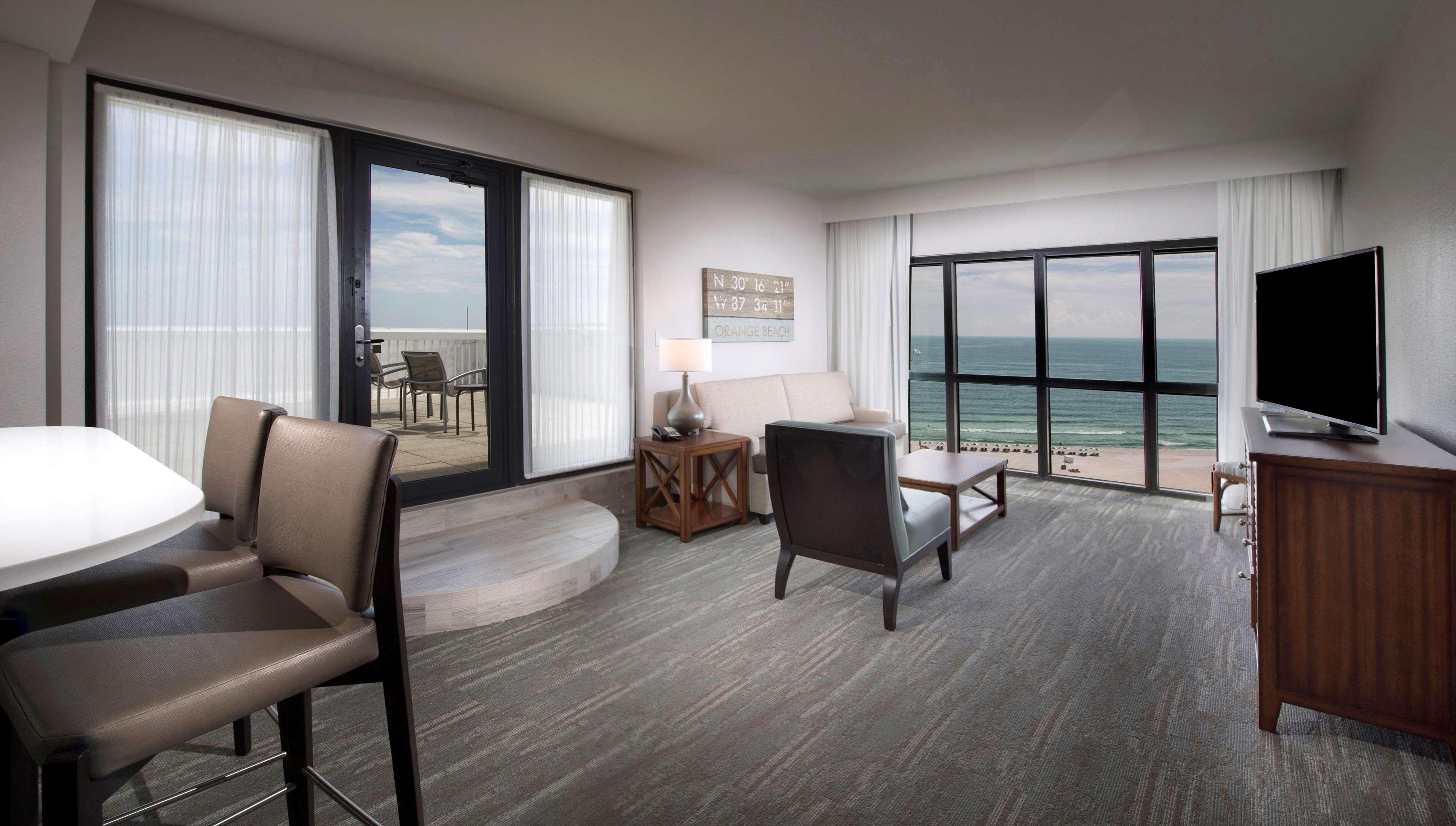 Corner Suite Living